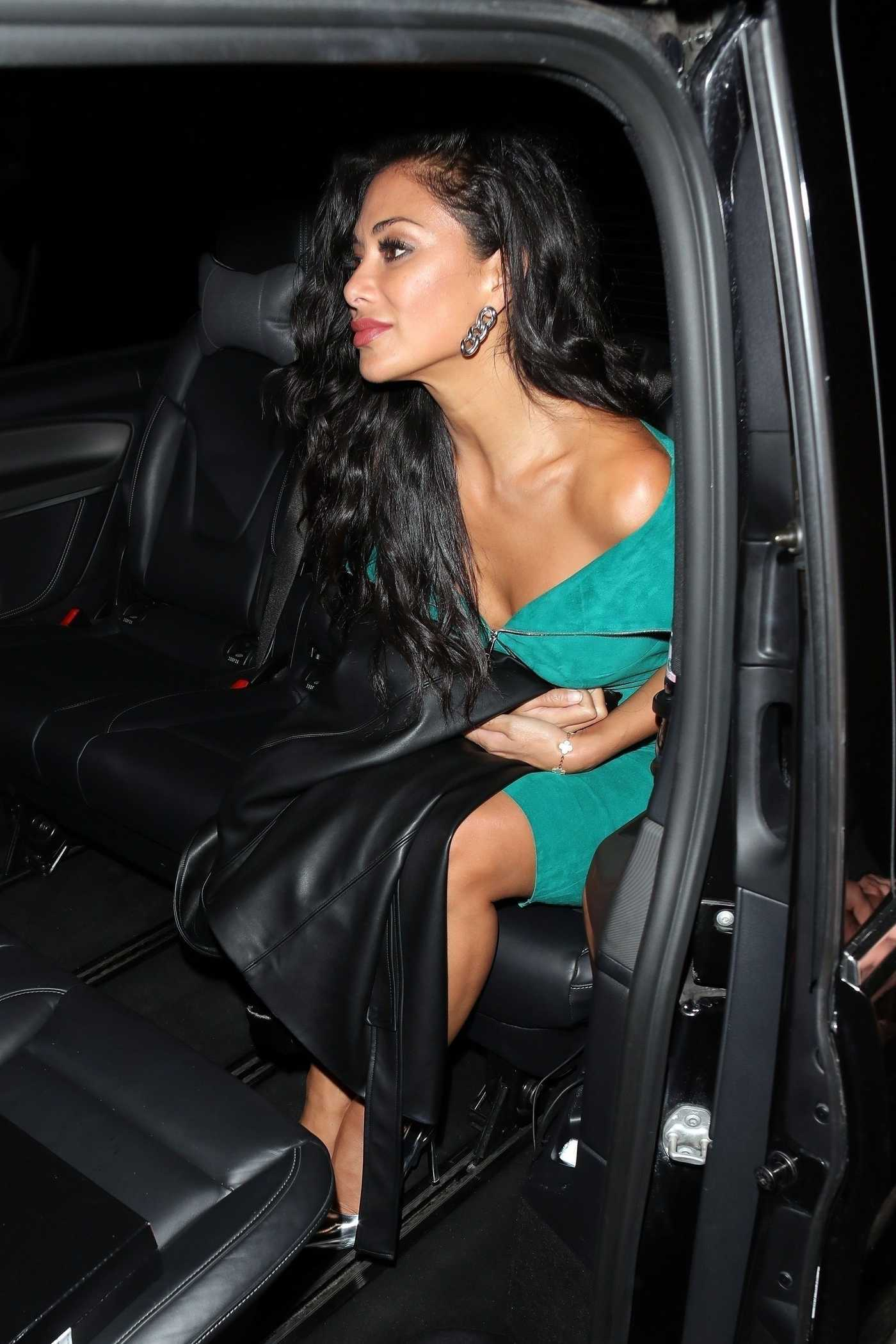 Nicole Scherzinger in a Green Dress Arrives at the Tape Nightclub in London 10/27/2018