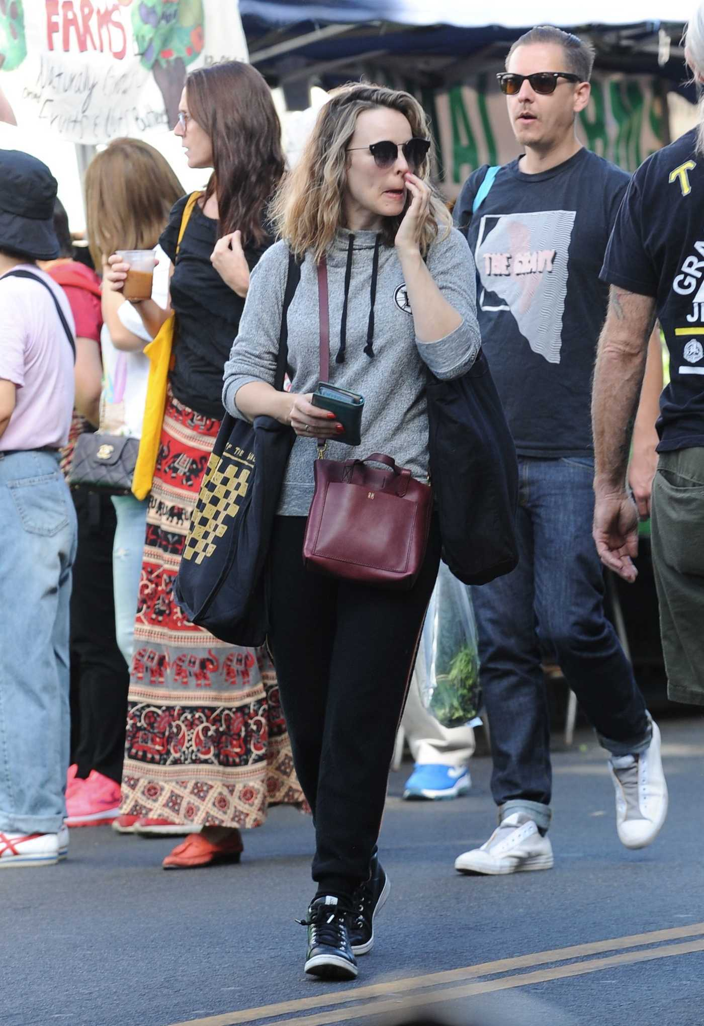 Rachel McAdams in a Gray Hoody Goes Shopping at the Farmer's Market in LA 10/08/2018