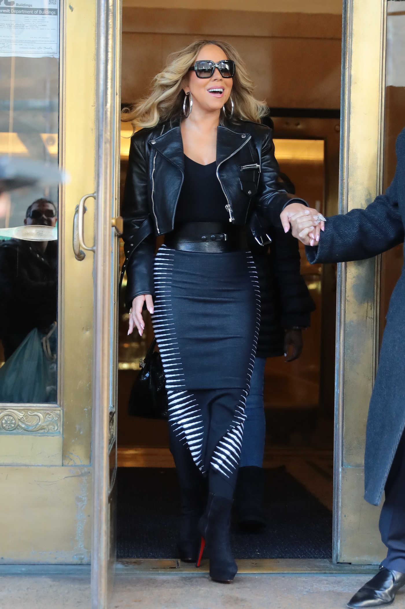 Mariah Carey in a Black Leather Jacket Leaves Her Apartment in New York City 11/16/2018