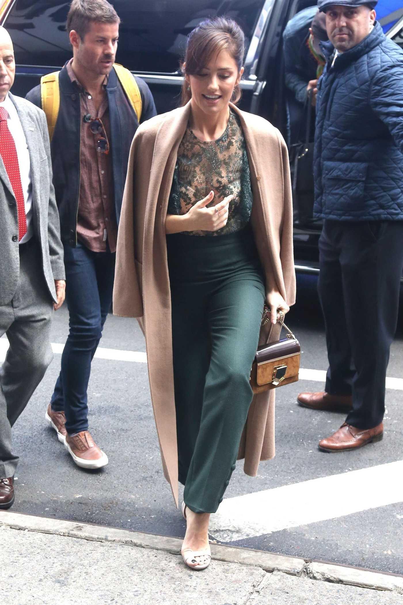Minka Kelly in a Beige Coat Was Seen Out in NYC 11/01/2018