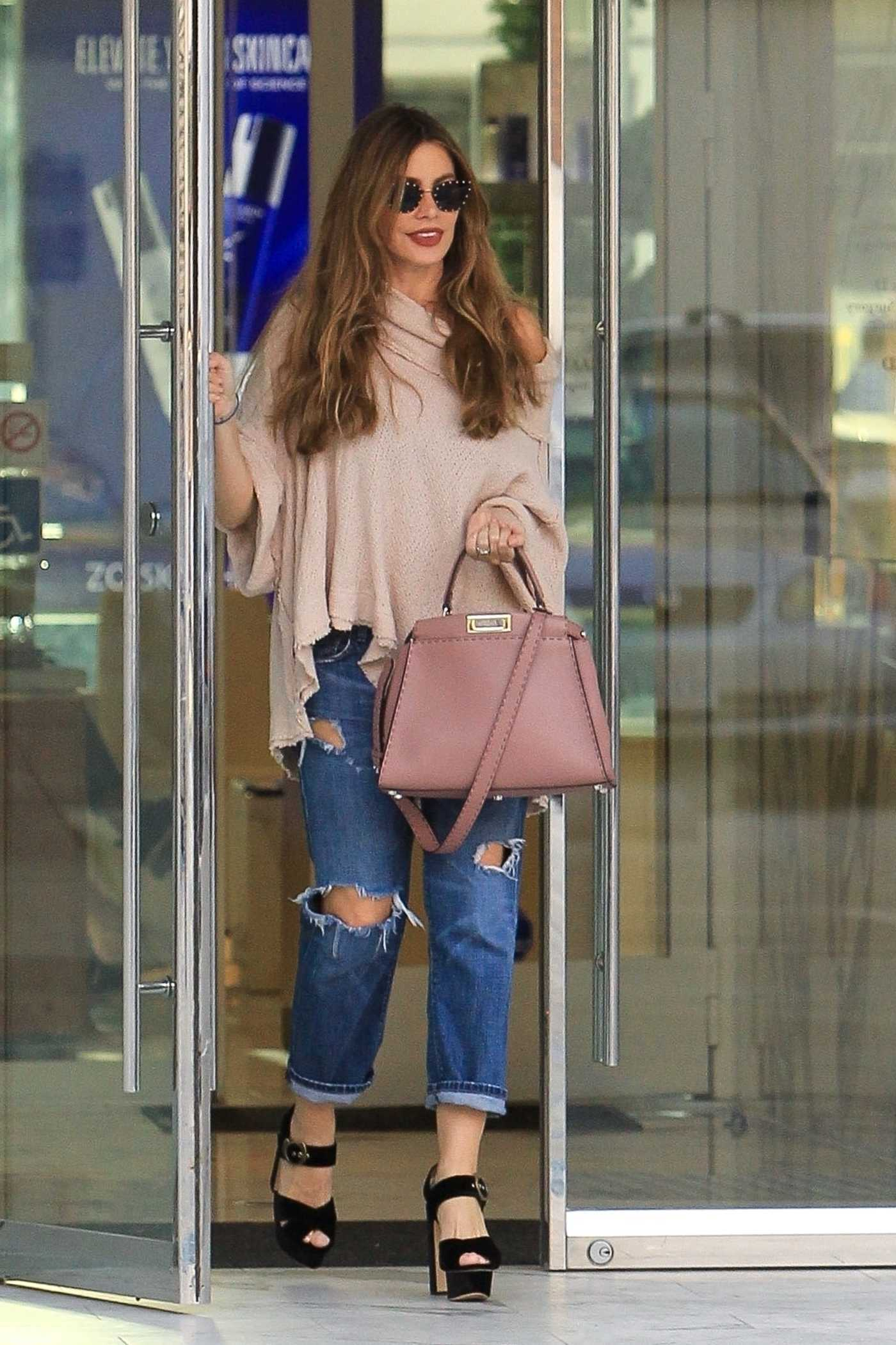 Sofia Vergara in a Blue Ripped Jeans Out Shopping in Beverly Hills 11/13/2018