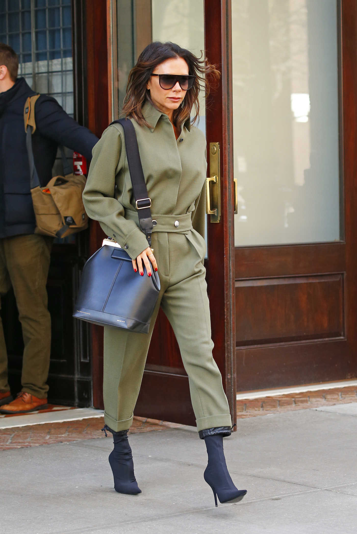 Victoria Beckham Heads to a Meeting in New York City 11/27/2018