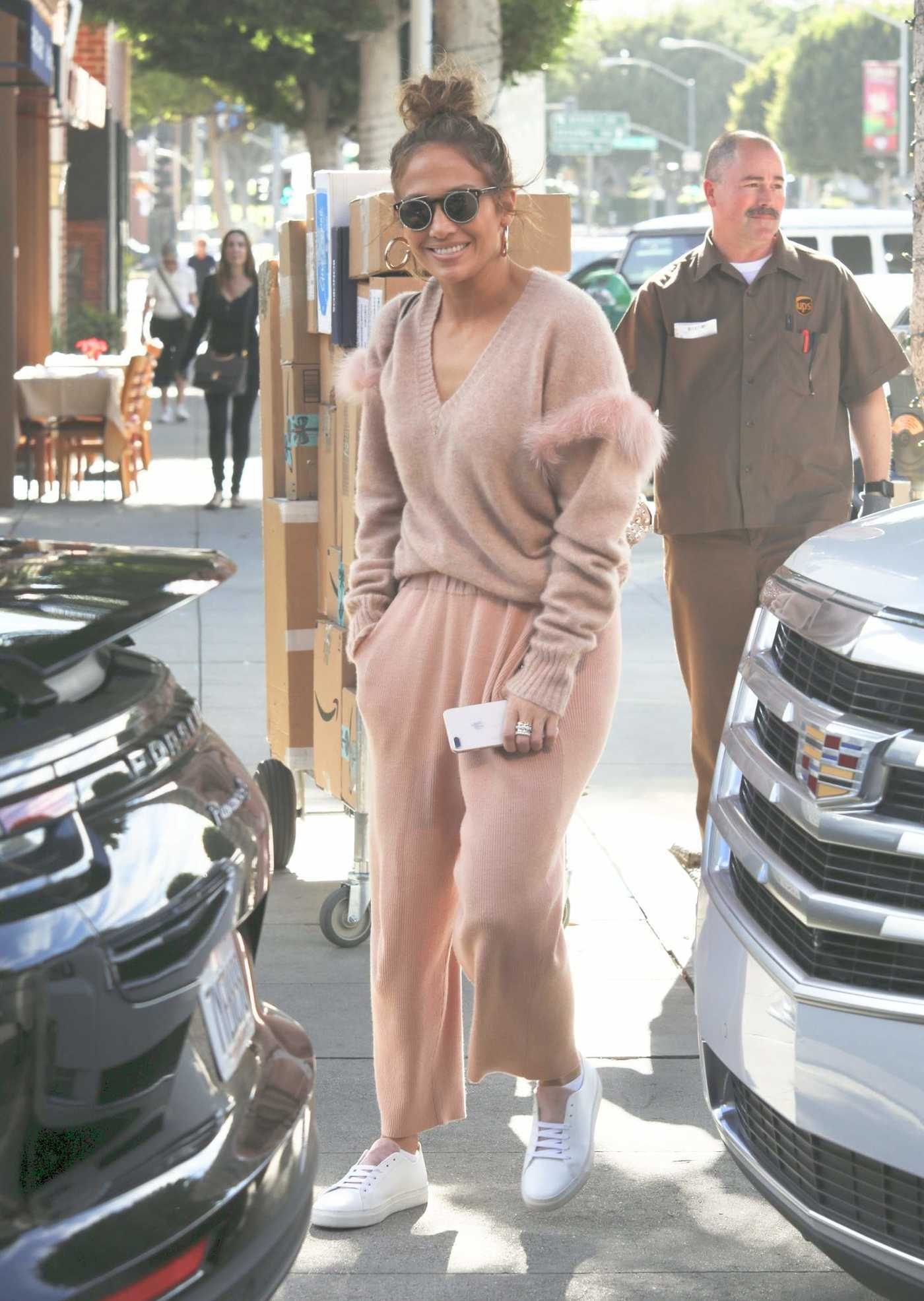 Jennifer Lopez in a Beige Pants Was Seen Out in Beverly Hills 12/20/2018