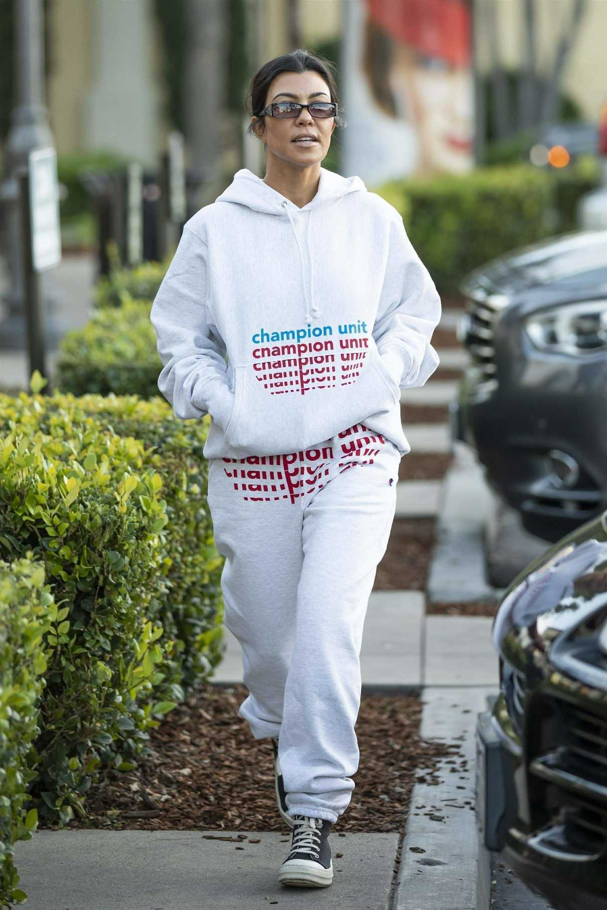 Kourtney Kardashian in a White Jogging Suit Was Seen Out in Calabasas CA 12/02/2018