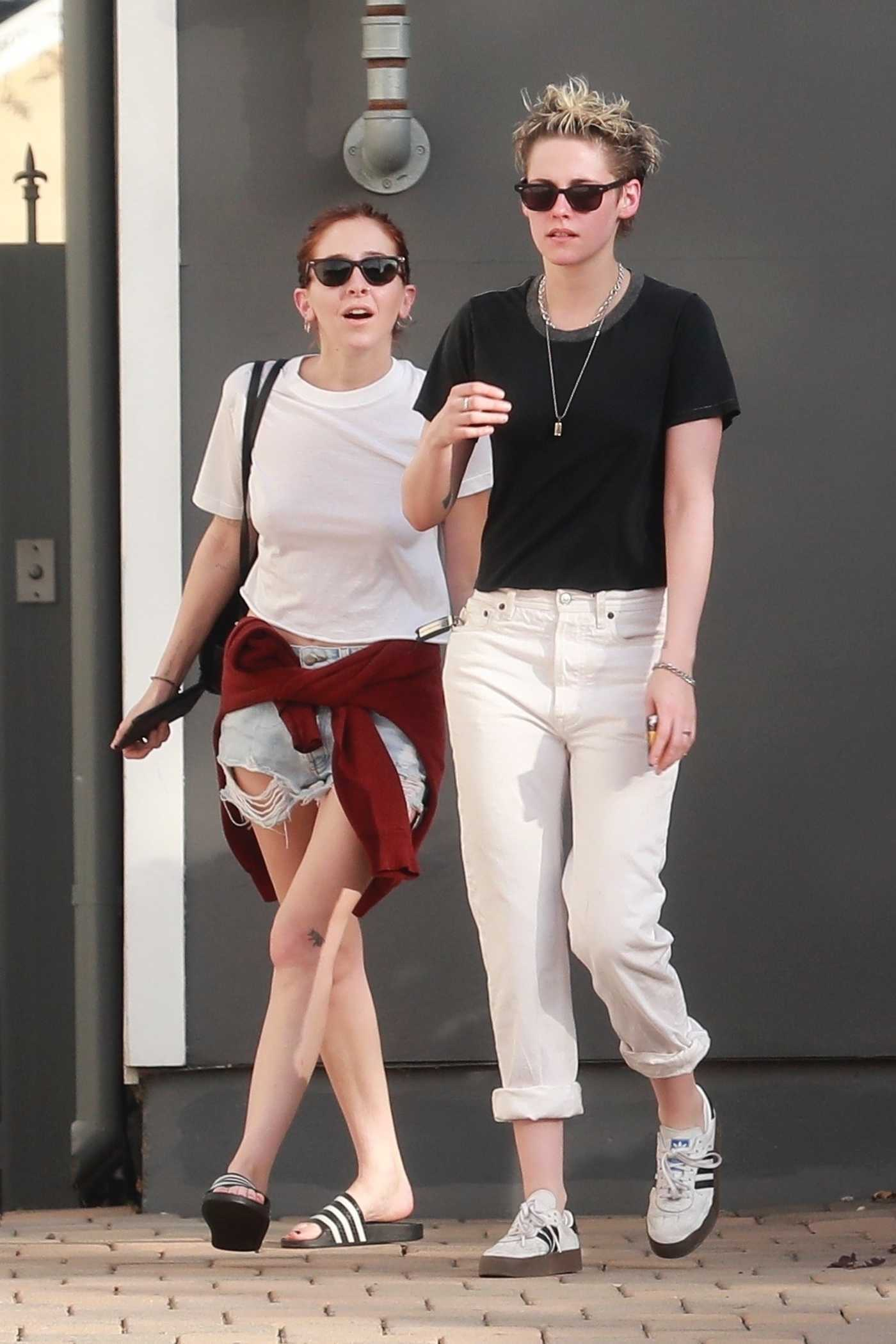 Kristen Stewart Heads to the Nail Salon Out with Sara Dinkin in Los Angeles 12/22/2018