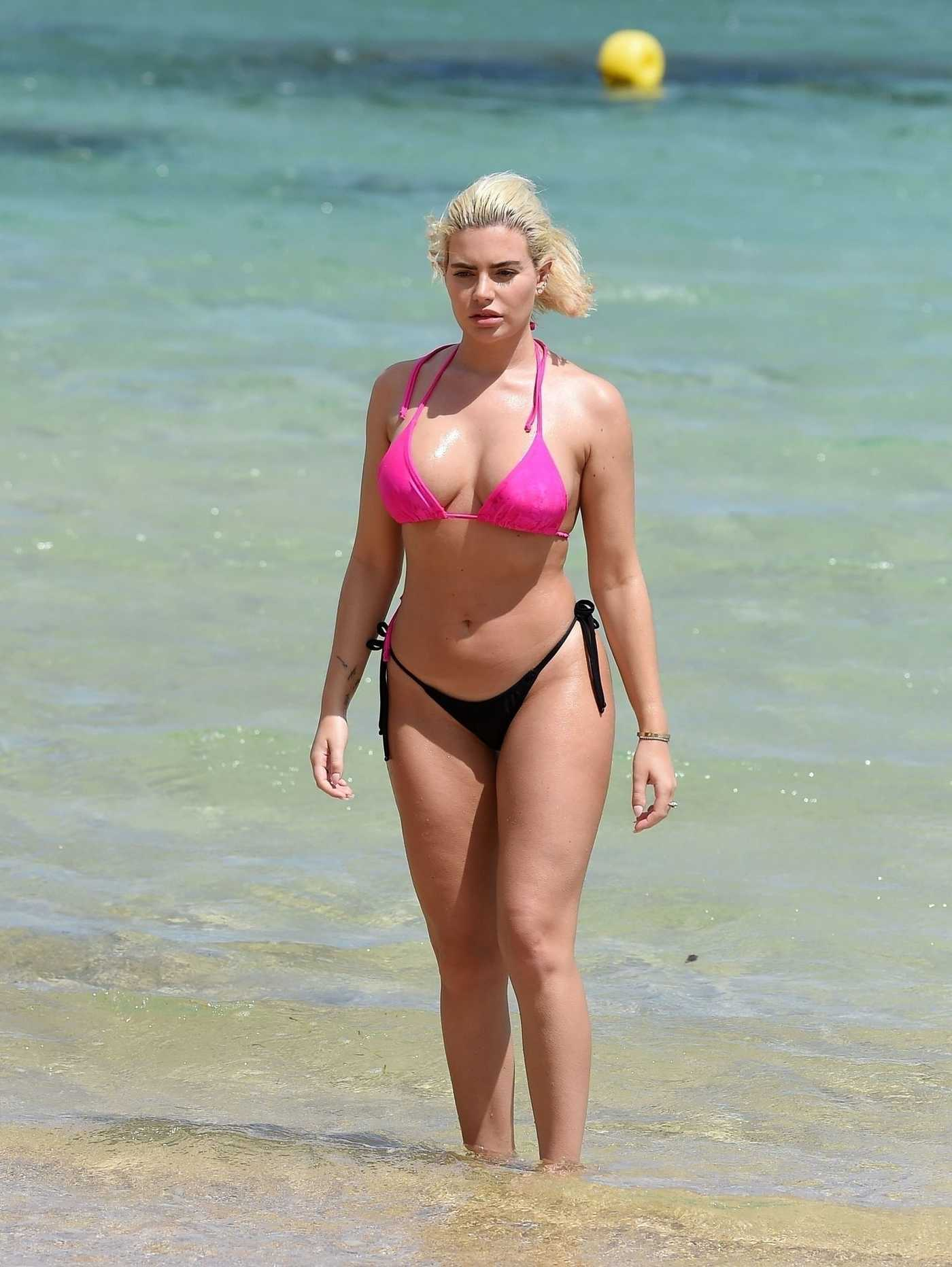 Megan Barton Hanson in a Skimpy Bikini on the Beach in Mauritius 12/17/2018