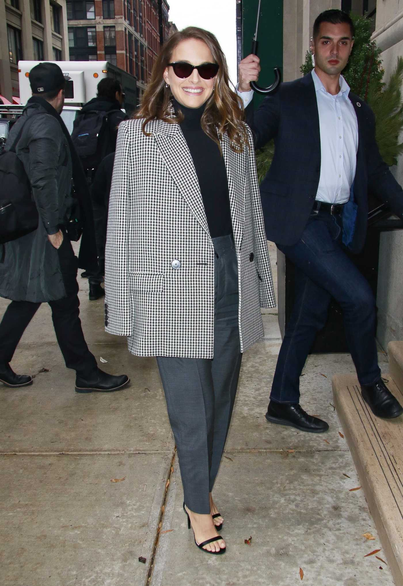 Natalie Portman in a Gray Blazer Was Seen Out in New York 12/13/2018