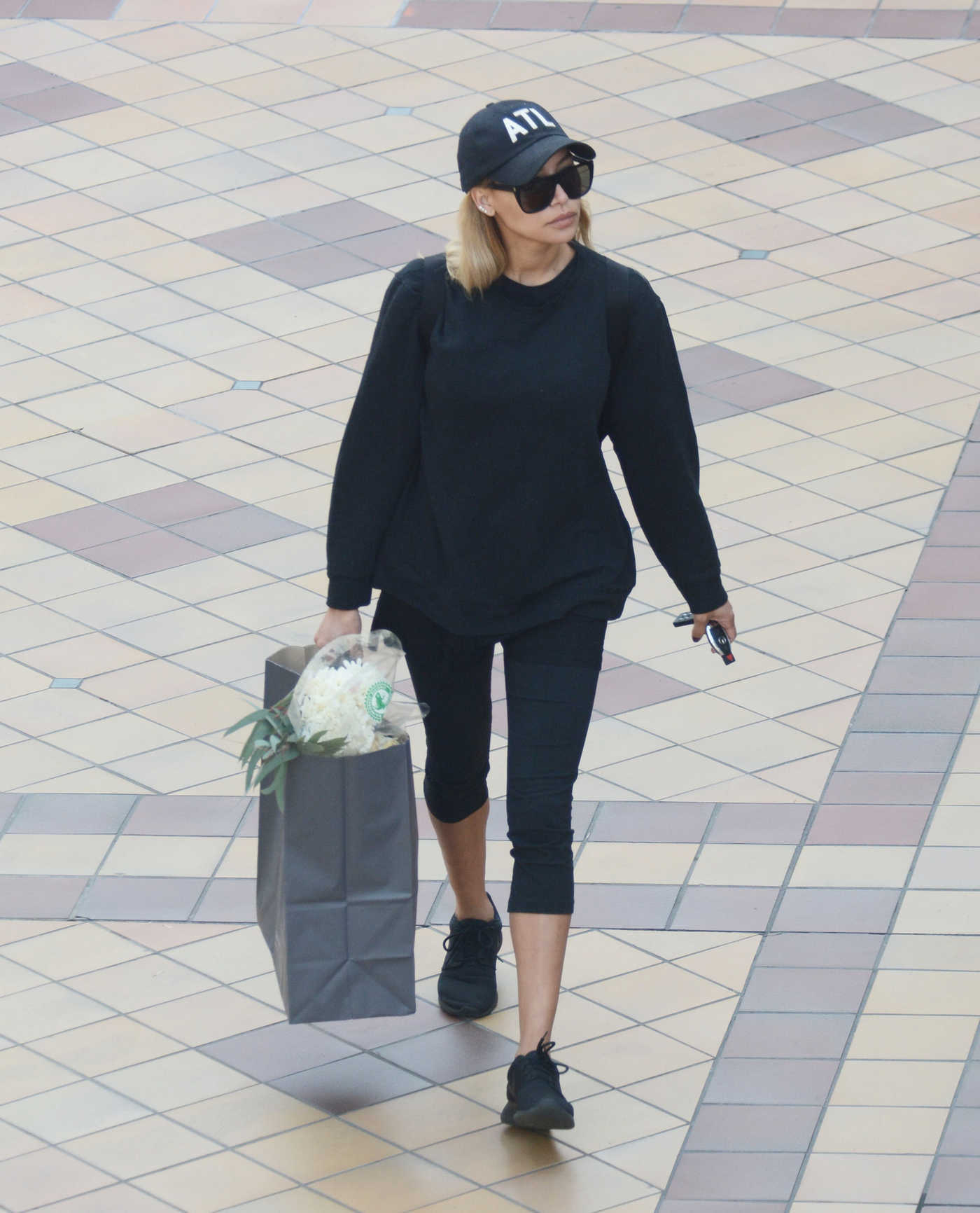 Naya Rivera in a Black Cap Was Seen Out in Hollywood 12/24/2018