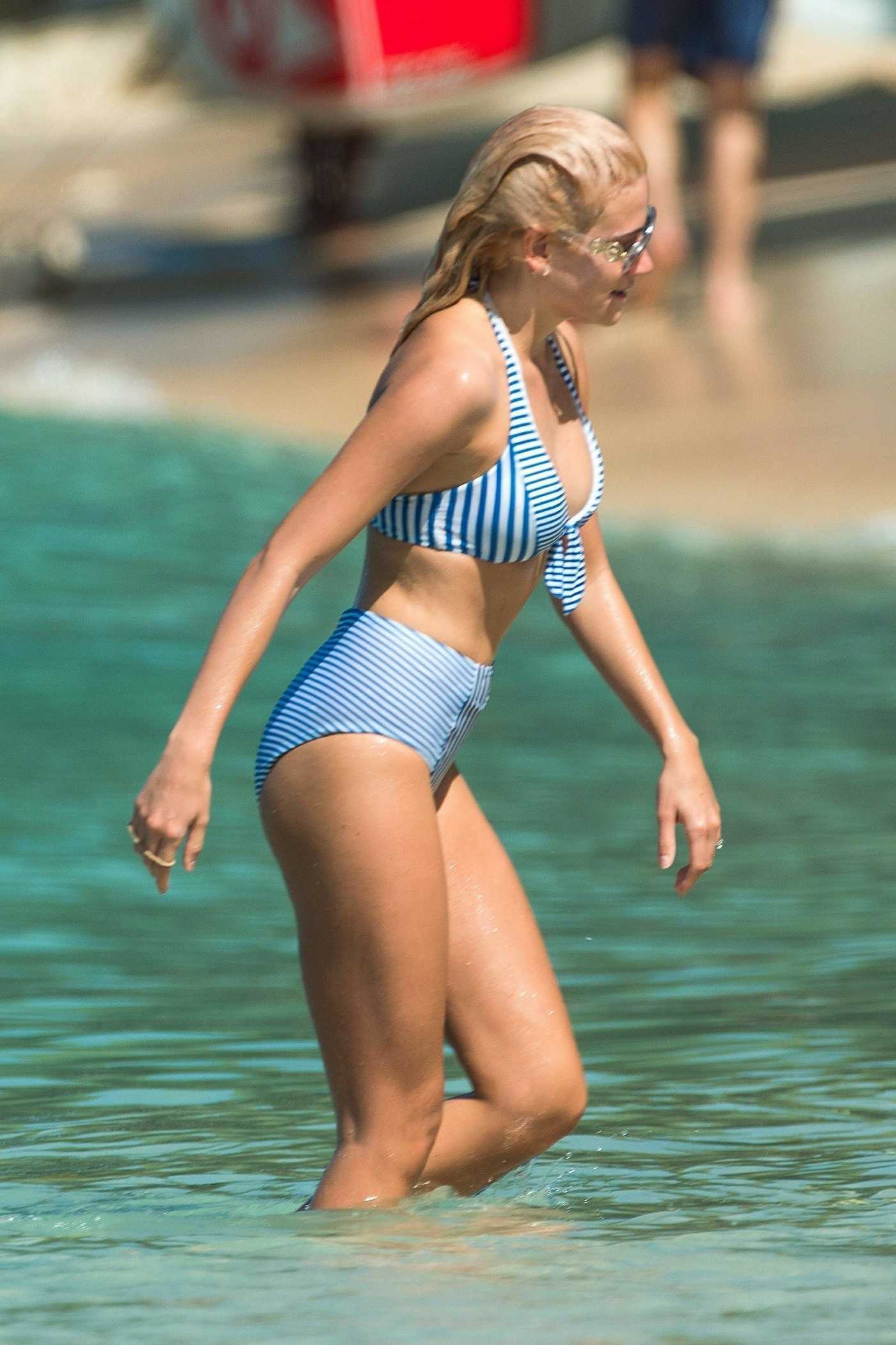 Pixie Lott in a Striped Bikini on the Beach in Barbados 12/05/2018