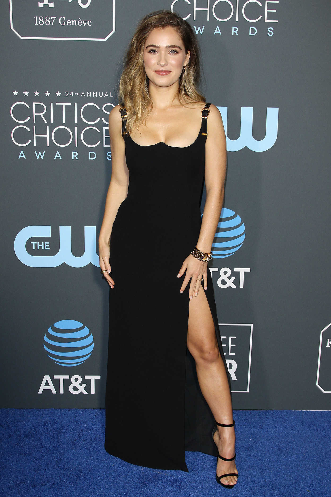 Haley Lu Richardson Attends the 24th Annual Critics' Choice Awards at Barker Hangar in Santa Monica 01/13/2019