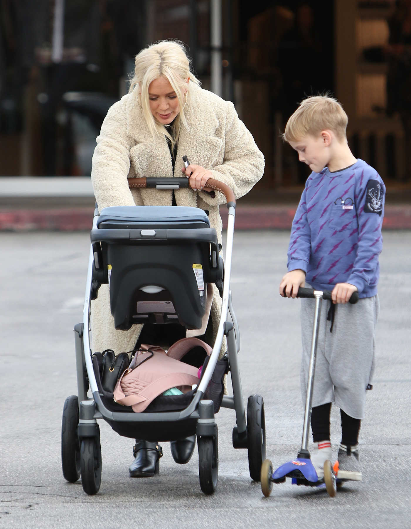 Hilary Duff in a Beige Fur Coat Was Seen Out with Her Children in Beverly Hills 01/12/2019