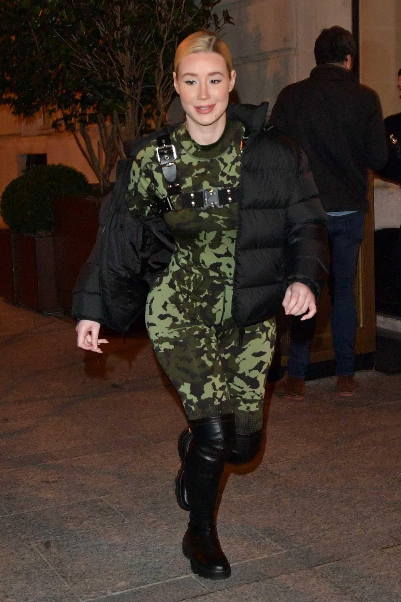 Iggy Azalea in a Black Puffer Jacket Was Seen Out in Paris 01/20/2019