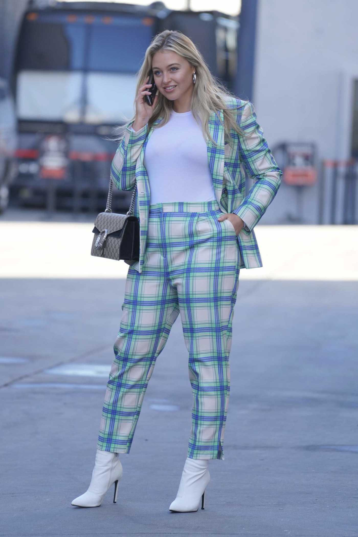 Iskra Lawrence in a Plaid Suit Was Seen Out in Los Angeles 01/04/2019