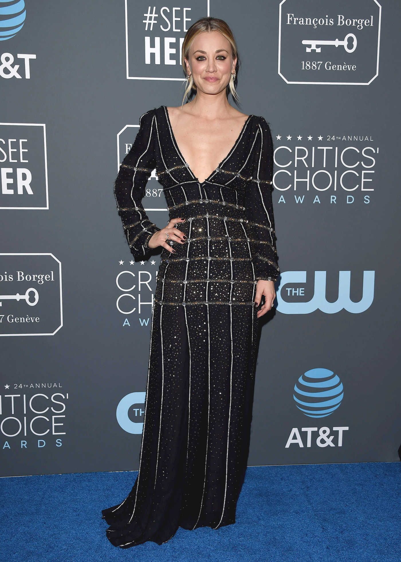 Kaley Cuoco Attends the 24th Annual Critics' Choice Awards at Barker Hangar in Santa Monica 01/13/2019