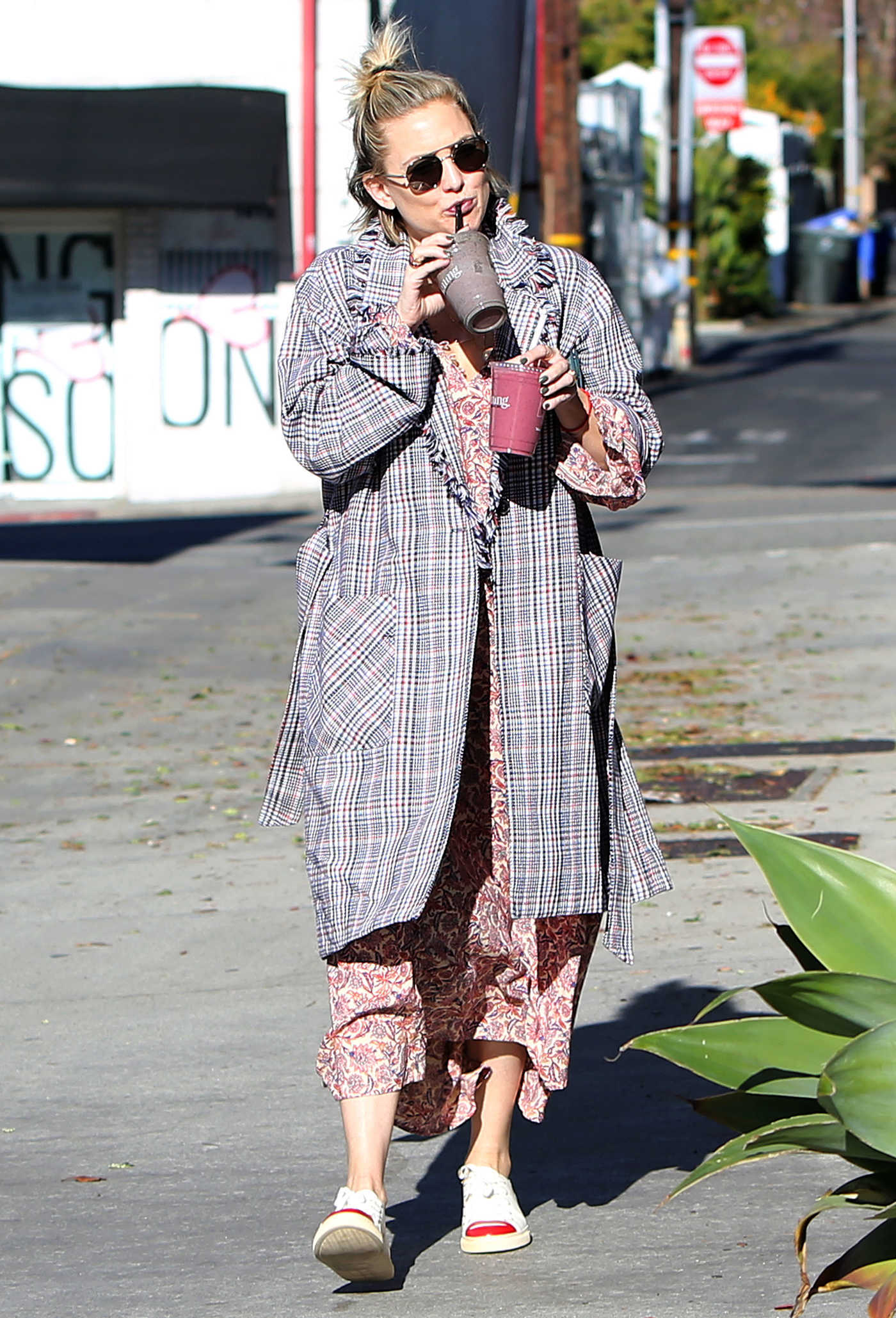 Kate Hudson in a Plaid Coat Was Seen Out in Los Angeles 01/22/2019