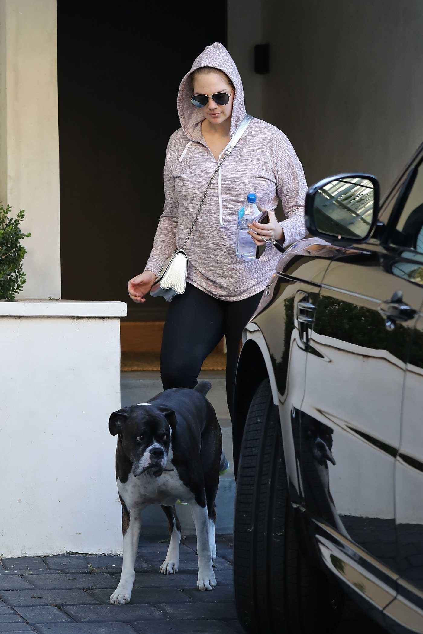 Kate Upton in a Black Leggings Leaves Her House with Her Dog in Beverly Hills 01/03/2018