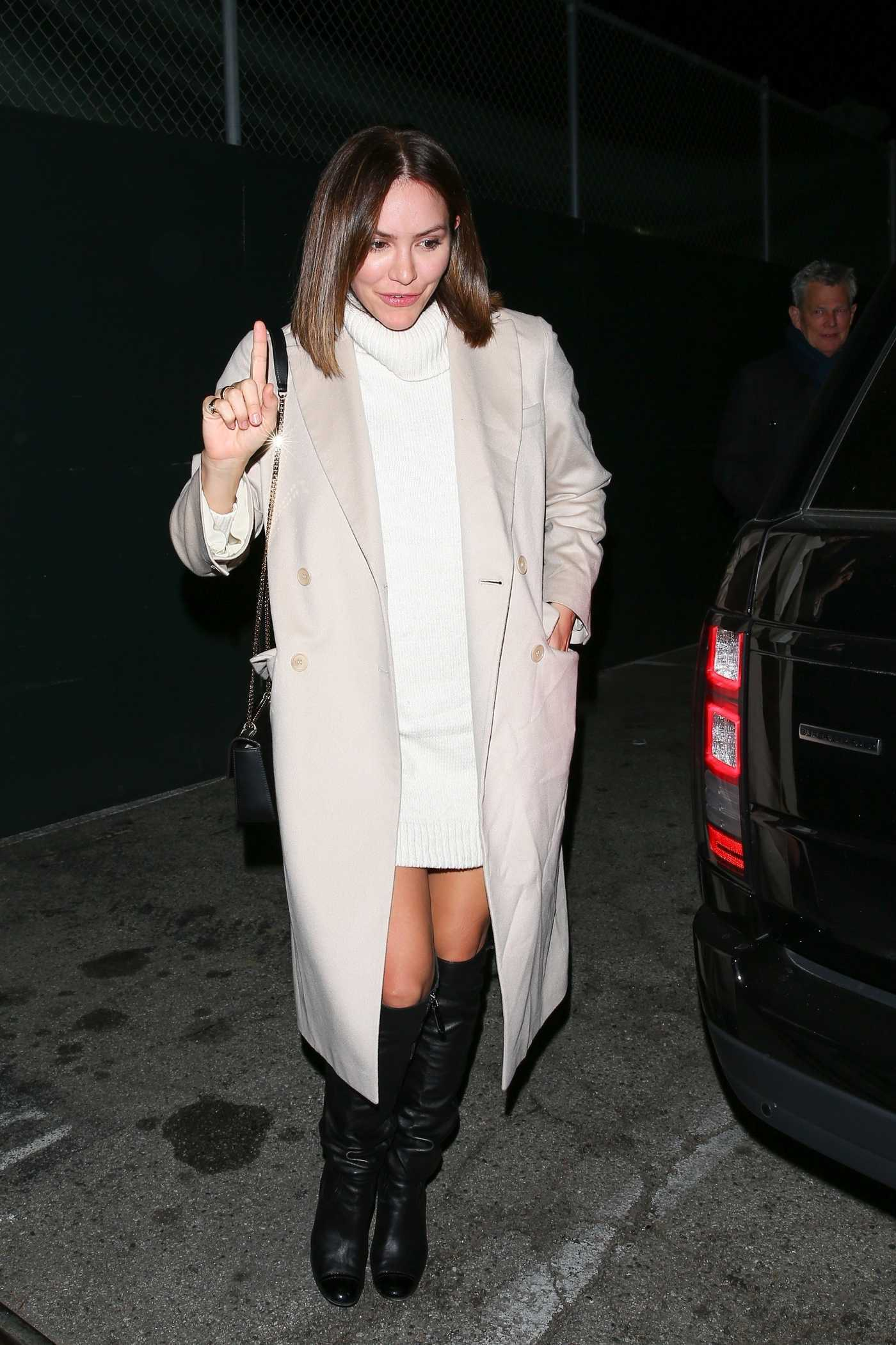 Katharine McPhee in a Beige Coat Leaves Craig's Restaurant in West Hollywood 01/22/2019