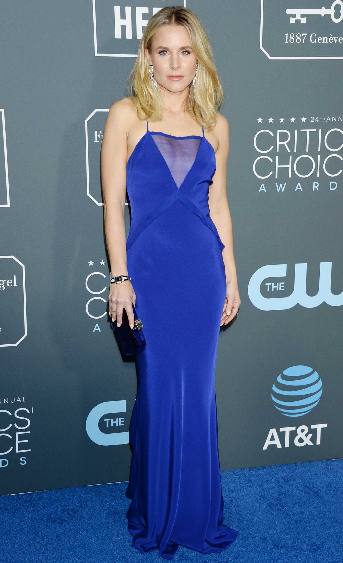 Kristen Bell Attends the 24th Annual Critics' Choice Awards at Barker Hangar in Santa Monica 01/13/2019