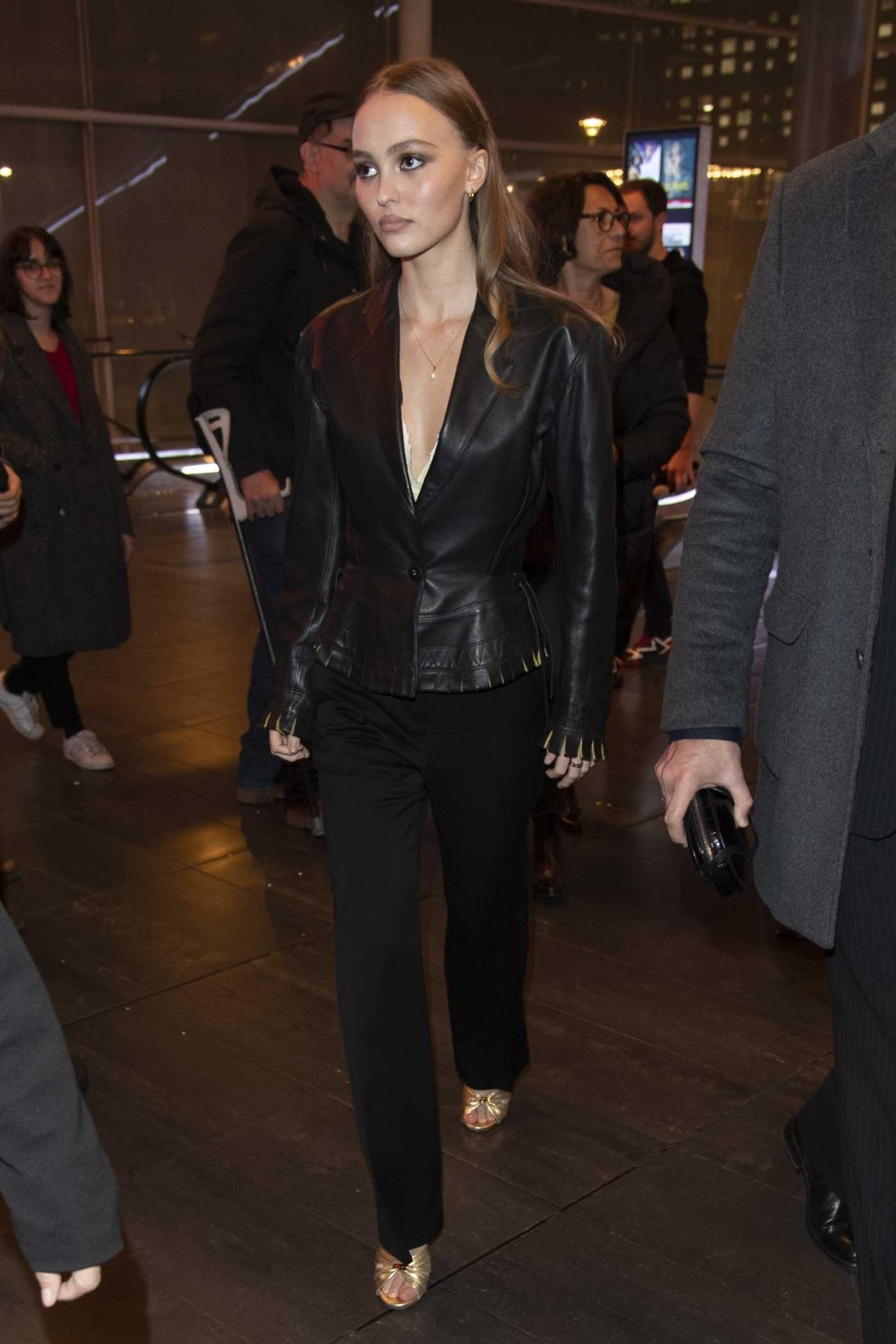 Lily-Rose Depp Arrives at the Les Fauves Premiere in Paris 01/16/2019