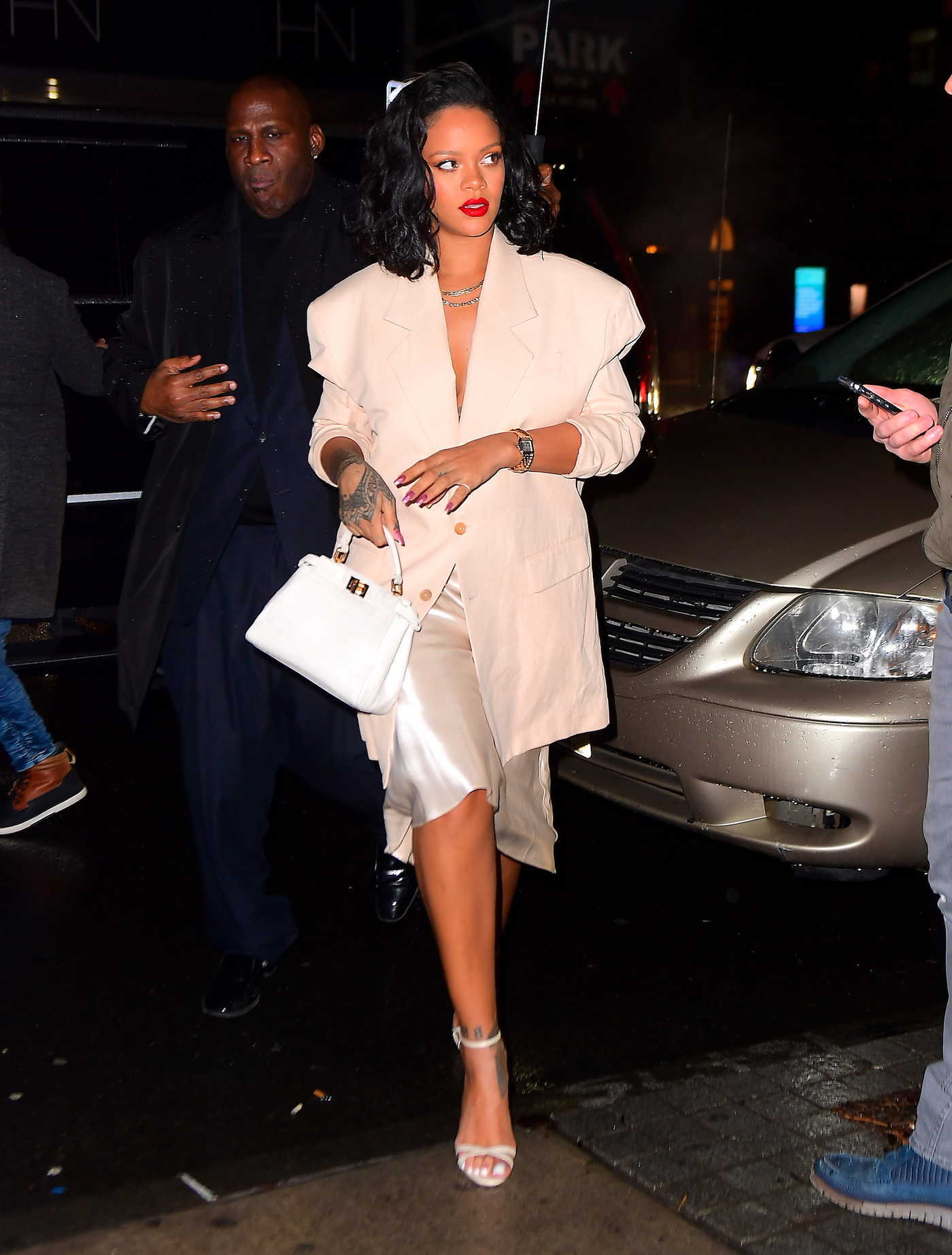 Rihanna in a Beige Blazer Was Seen Out in NYC 01/29/2019