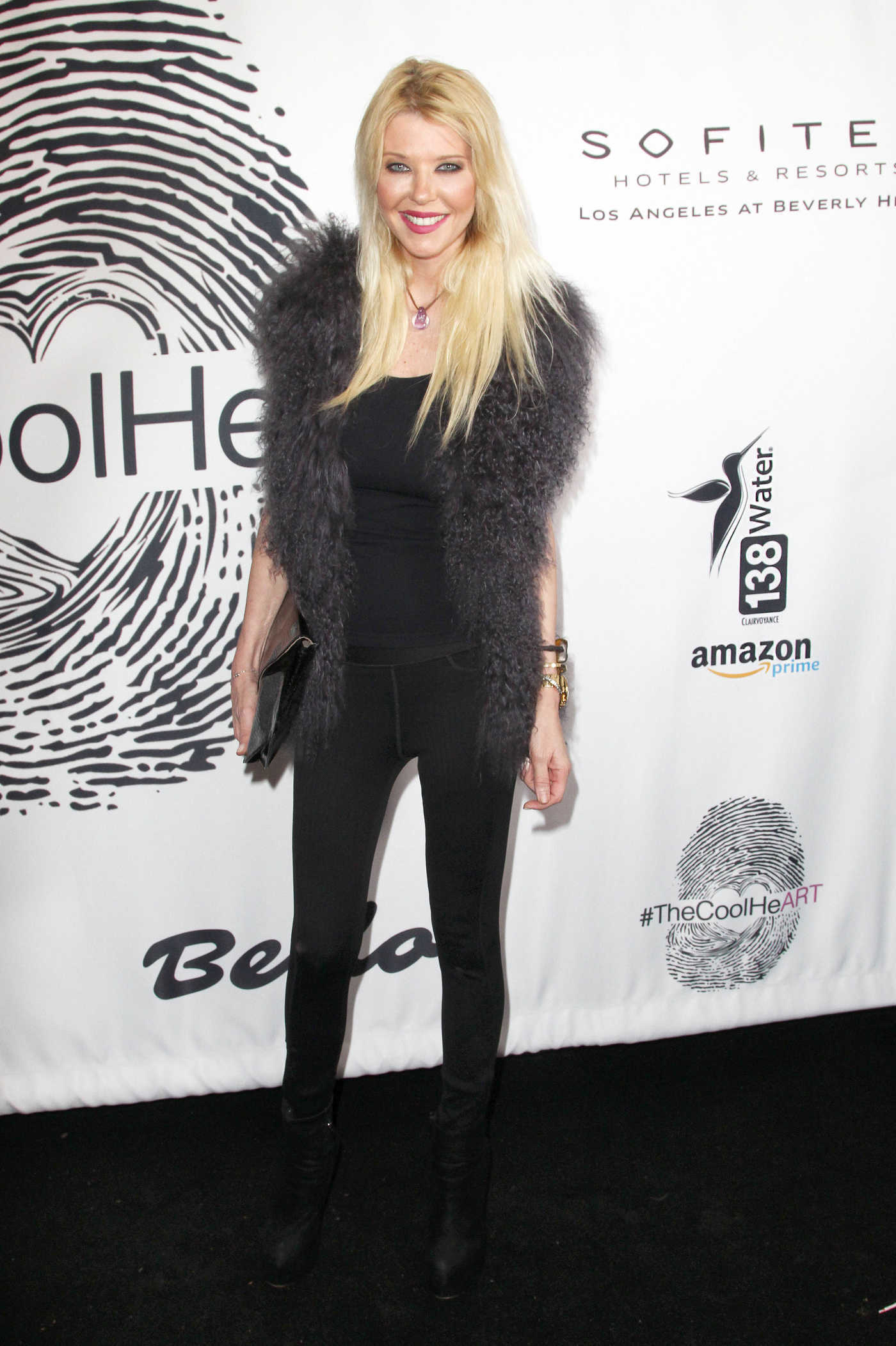 Tara Reid Attends Cool HeART Gallery Launch in LA 01/17/2019