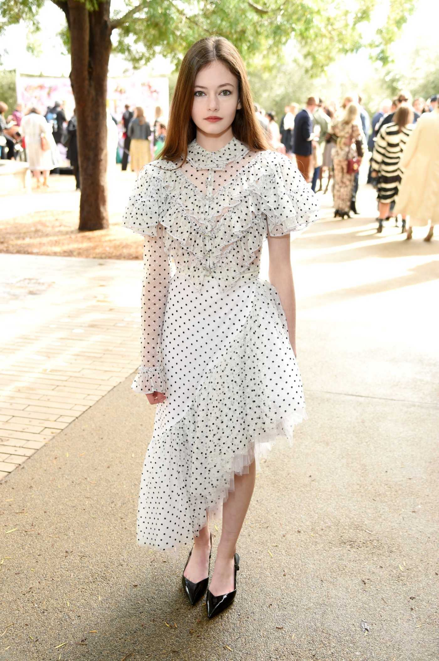 Mackenzie Foy Attends 2019 JNSQ Rose Cru Show at Huntington Library in California 02/05/2019