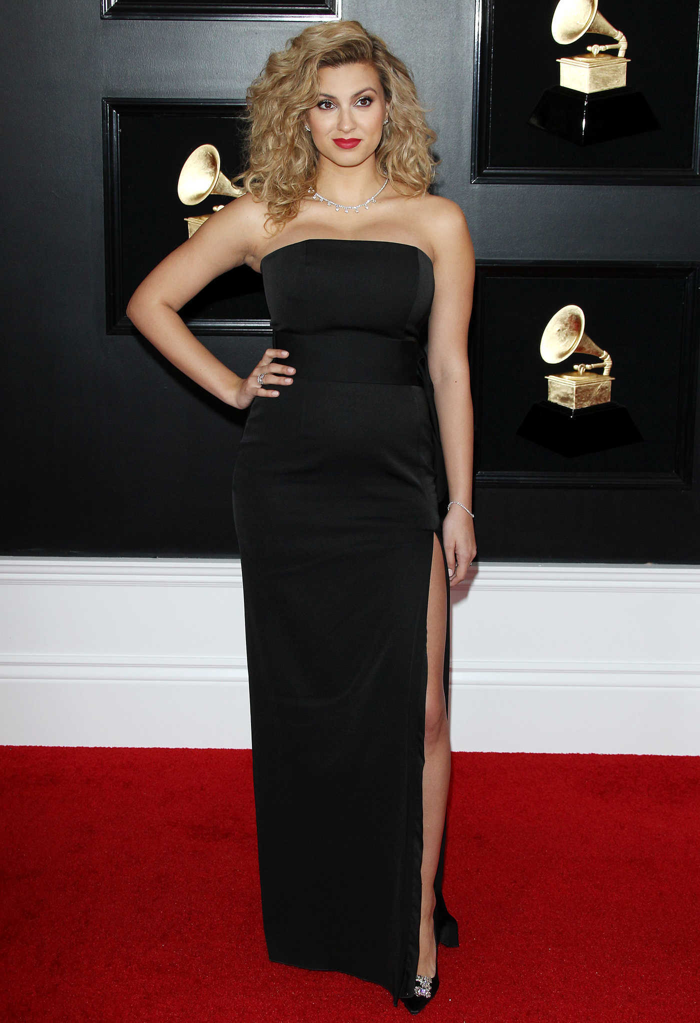 Tori Kelly Attends the 61st Annual Grammy Awards 2019 at the Staples Center in Los Angeles 02/10/2019
