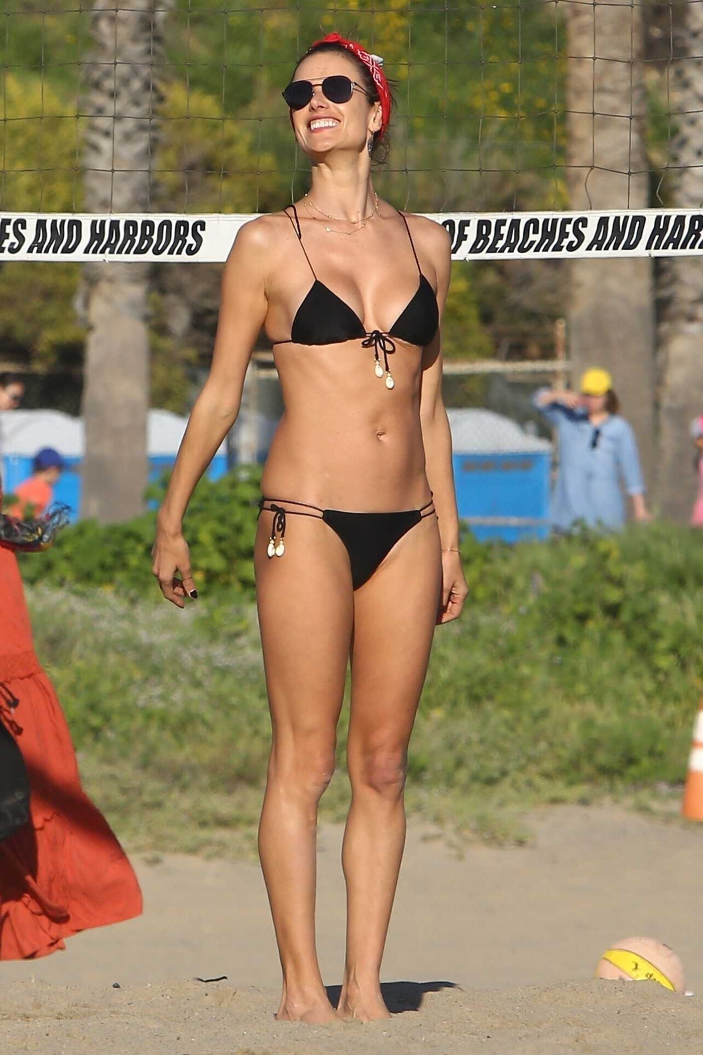 Alessandra Ambrosio in a Black Bikini on the Beach in Los Angeles 03/18/2019