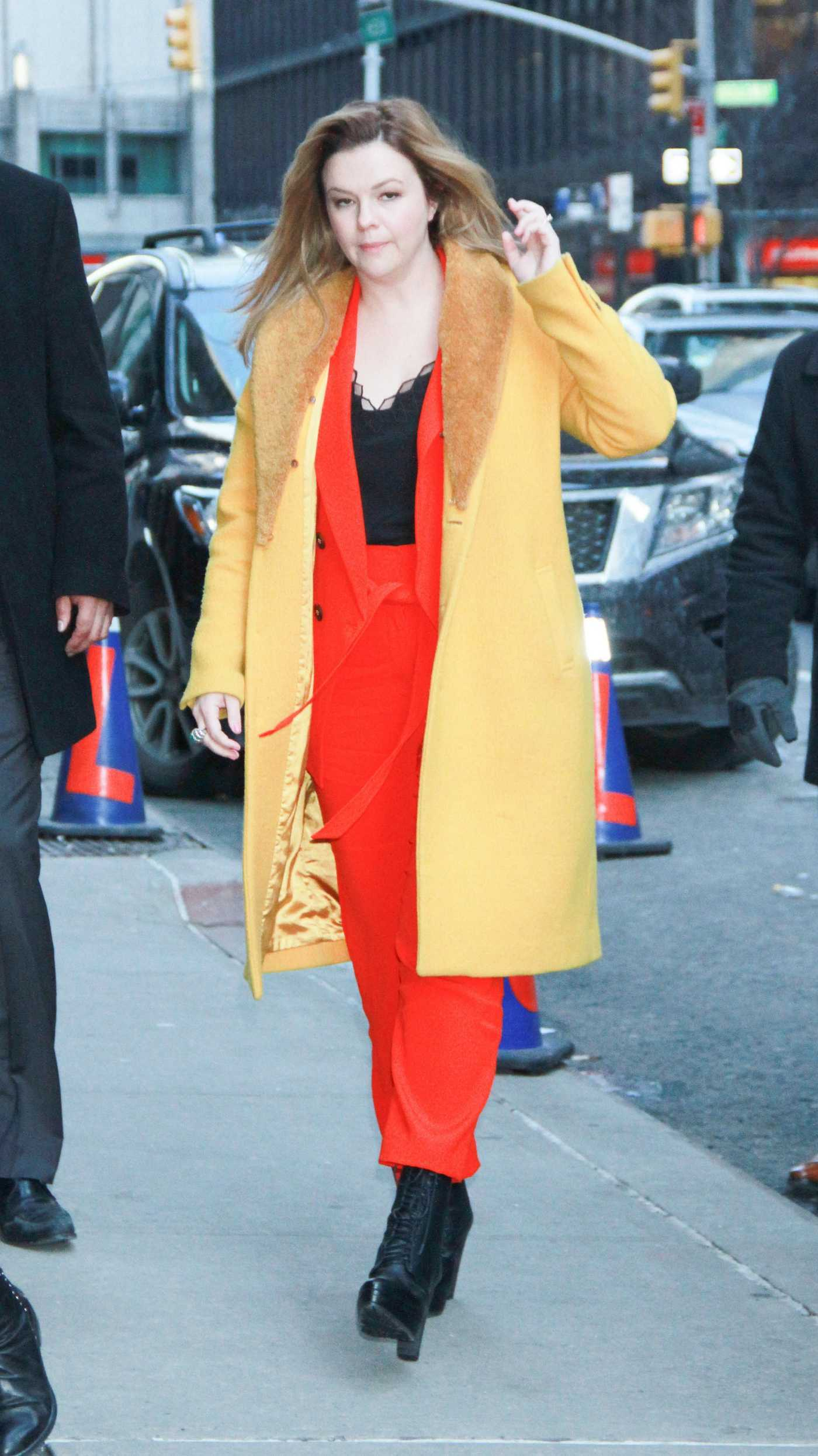 Amber Tamblyn Arrives at The Late Show with Stephen Colbert in New York 03/05/2019