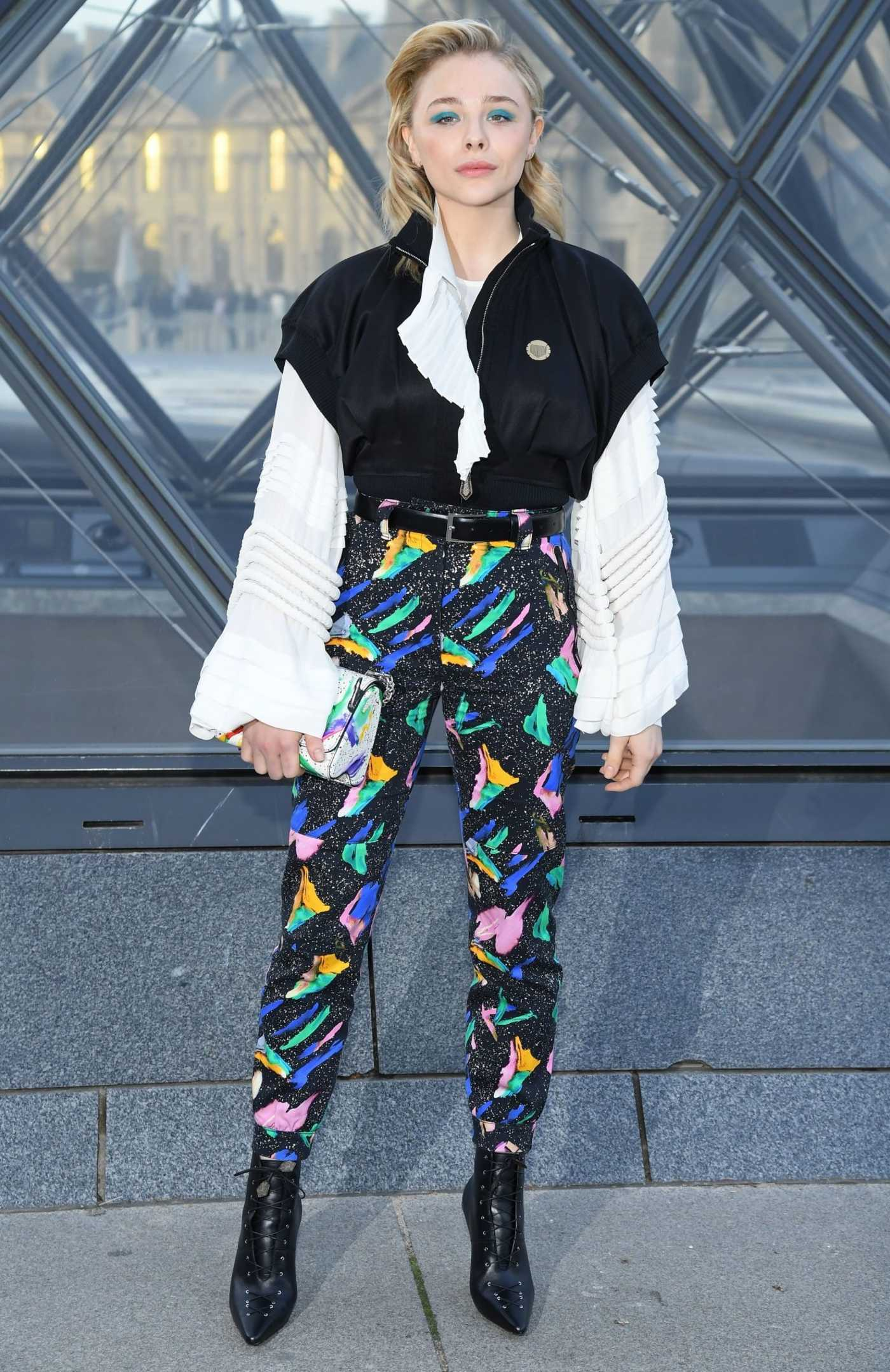 Chloe Moretz Attends the Louis Vuitton Fashion Show During PFW in Paris 03/05/2019