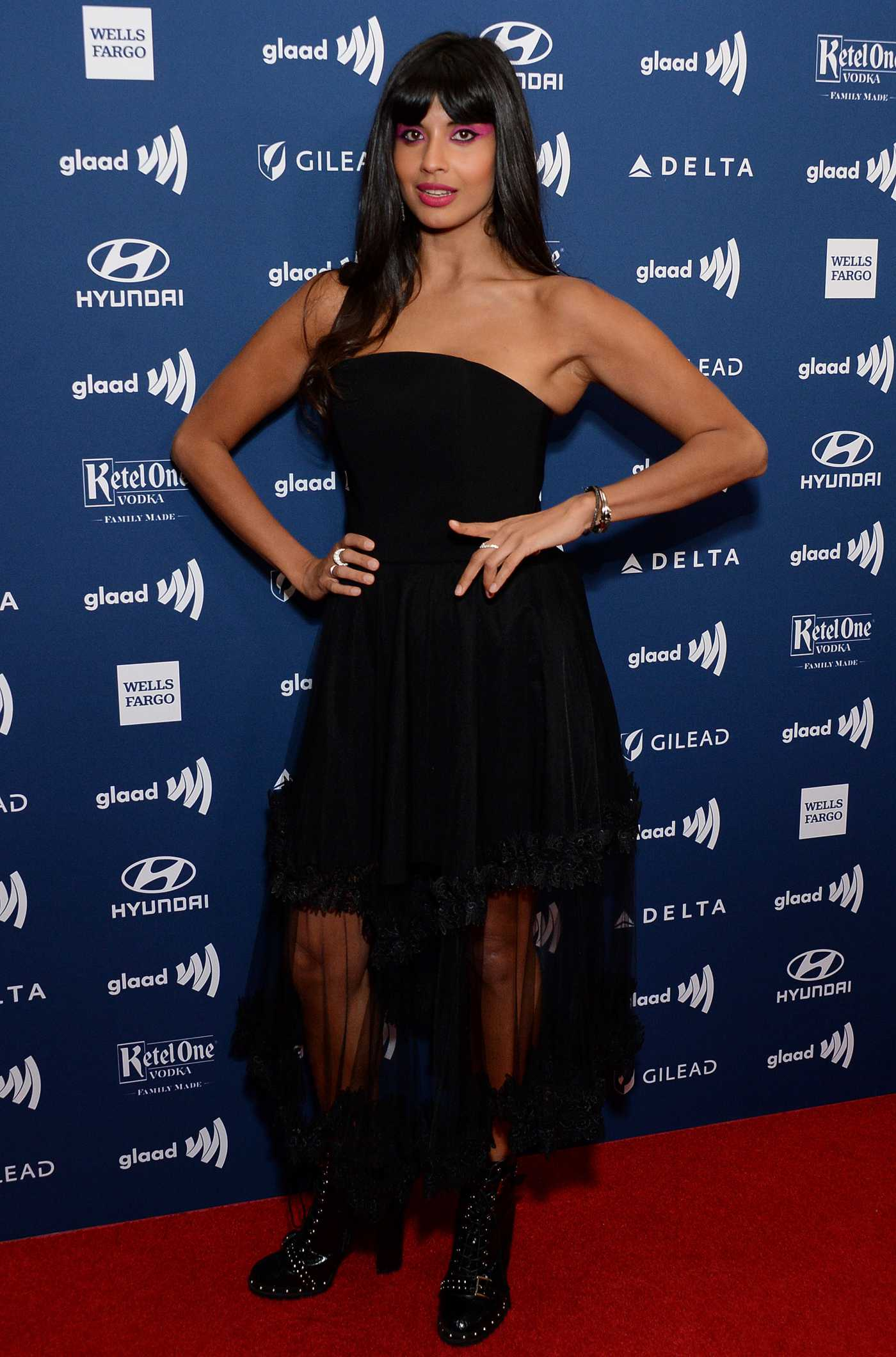 Jameela Jamil Attends the 30th Annual GLAAD Media Awards Los Angeles at The Beverly Hilton Hotel in Beverly Hills 03/28/2019