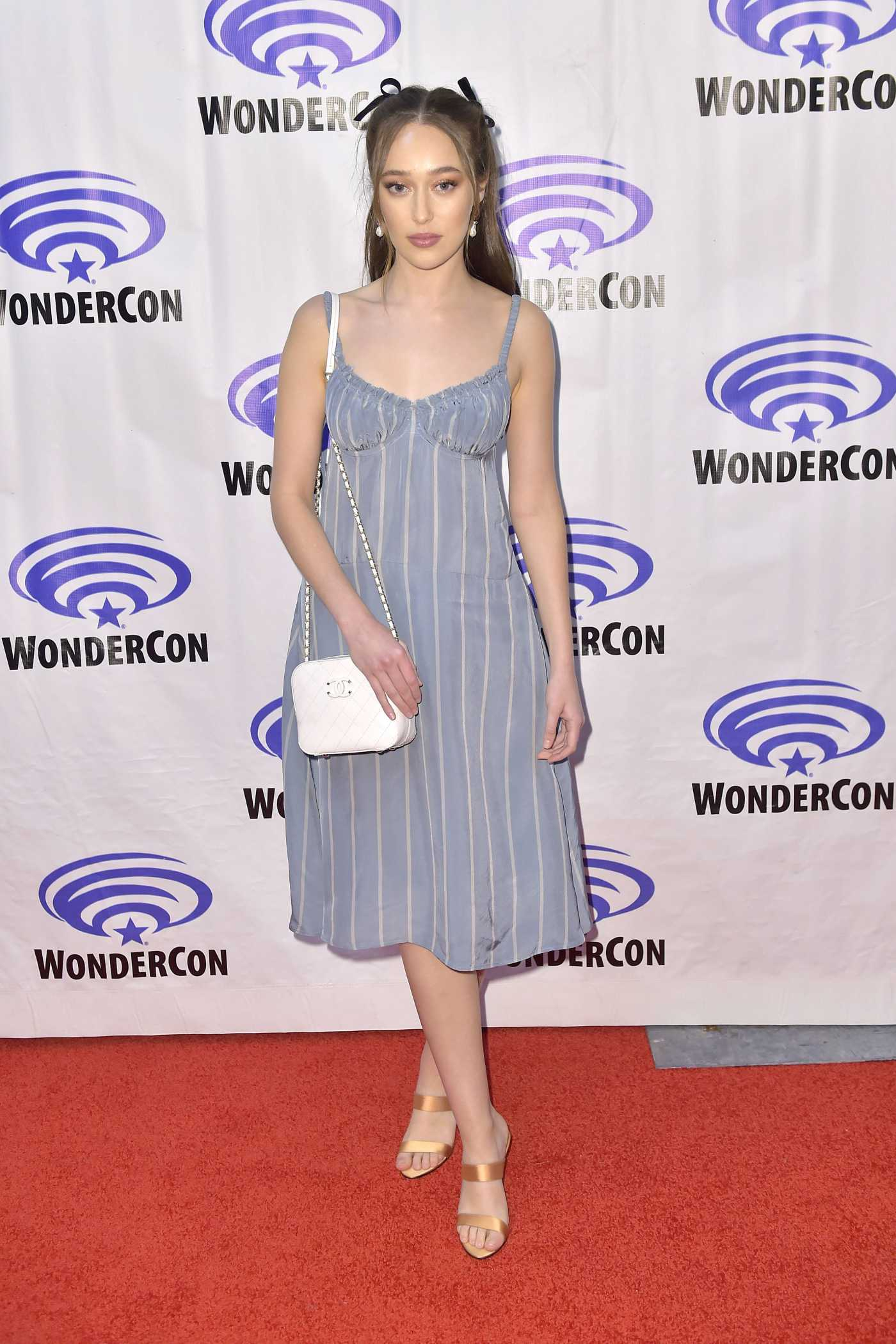 Alycia Debnam-Carey Attends the Fear the Walking Dead Panel During 2019 WonderCon in Anaheim 03/31/2019