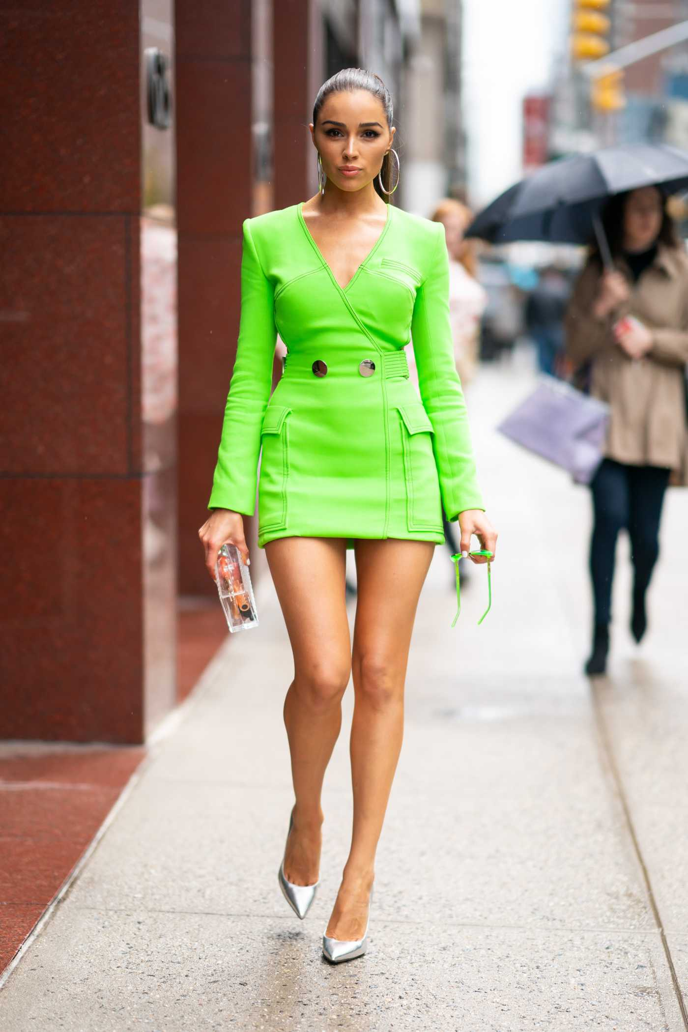 Olivia Culpo in a Neon Green Dress Arrives at Magic Hour Rooftop Bar in New York City 04/26/2019