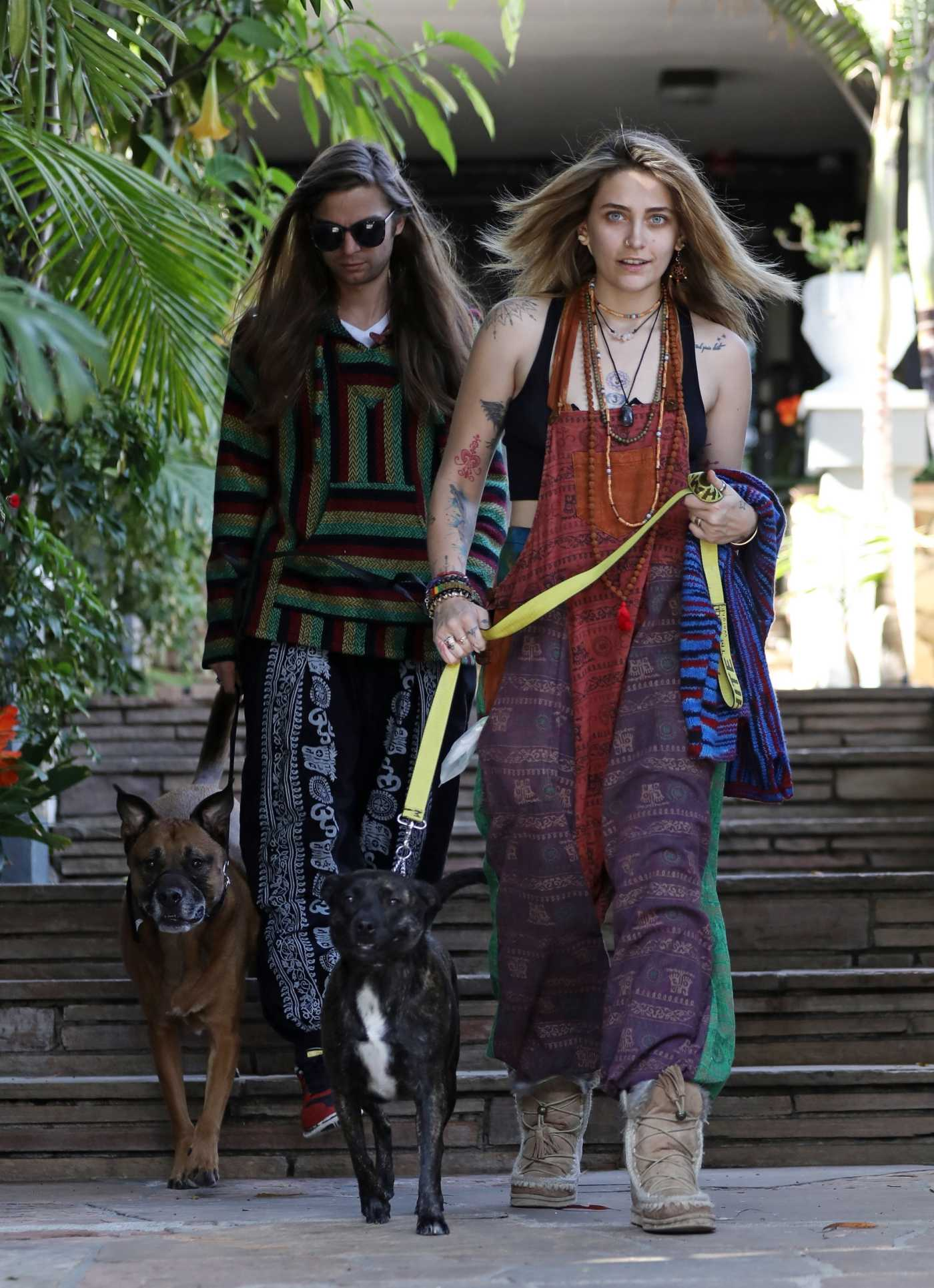 Paris Jackson Goes Grocery Shopping Out with Her Boyfriend Gabriel Glennin Los Angeles 04/03/2019
