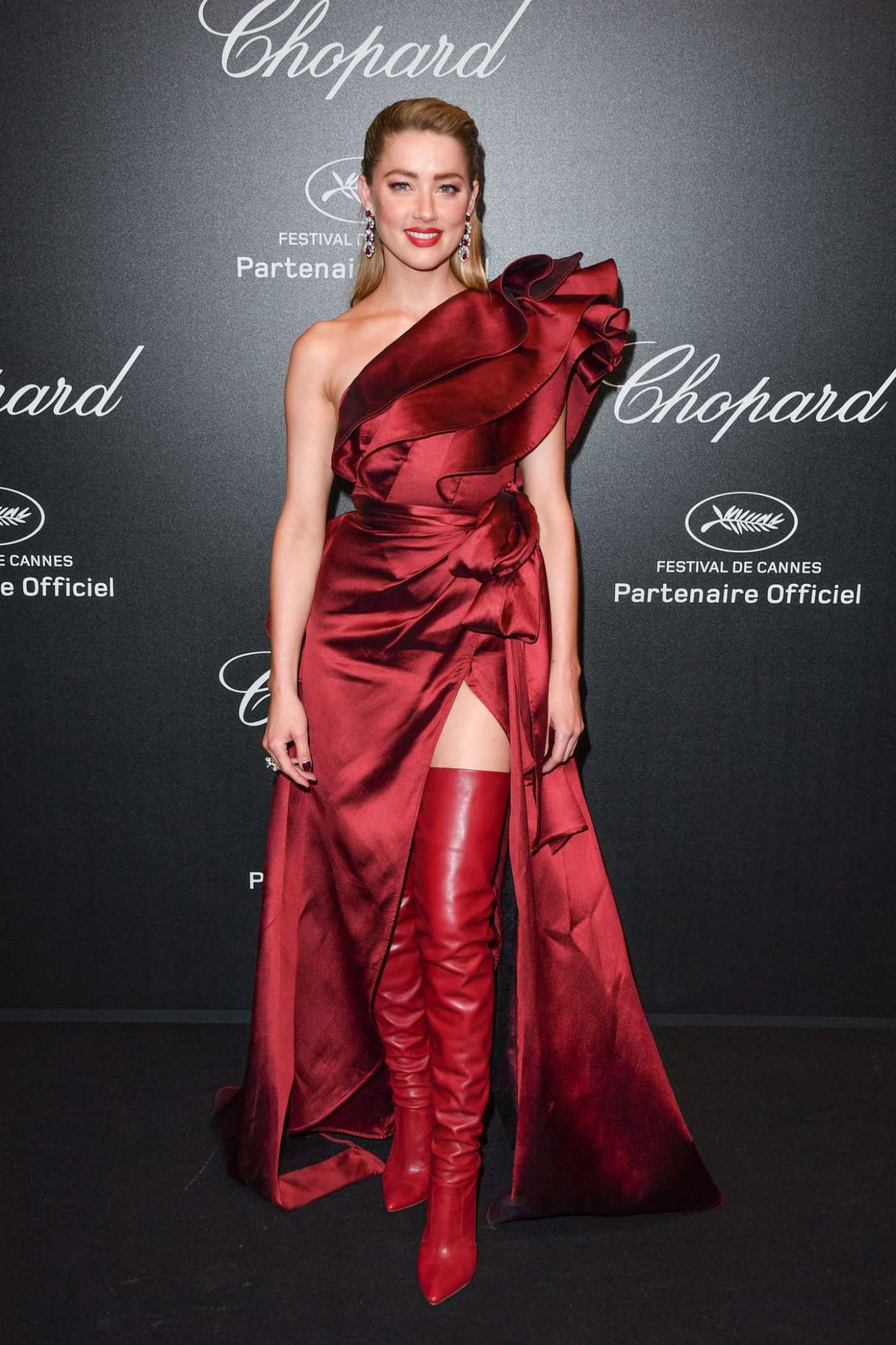 Amber Heard Attends Chopard Love Night Photocall During the 72nd Cannes Film Festival in Cannes 05/17/2019