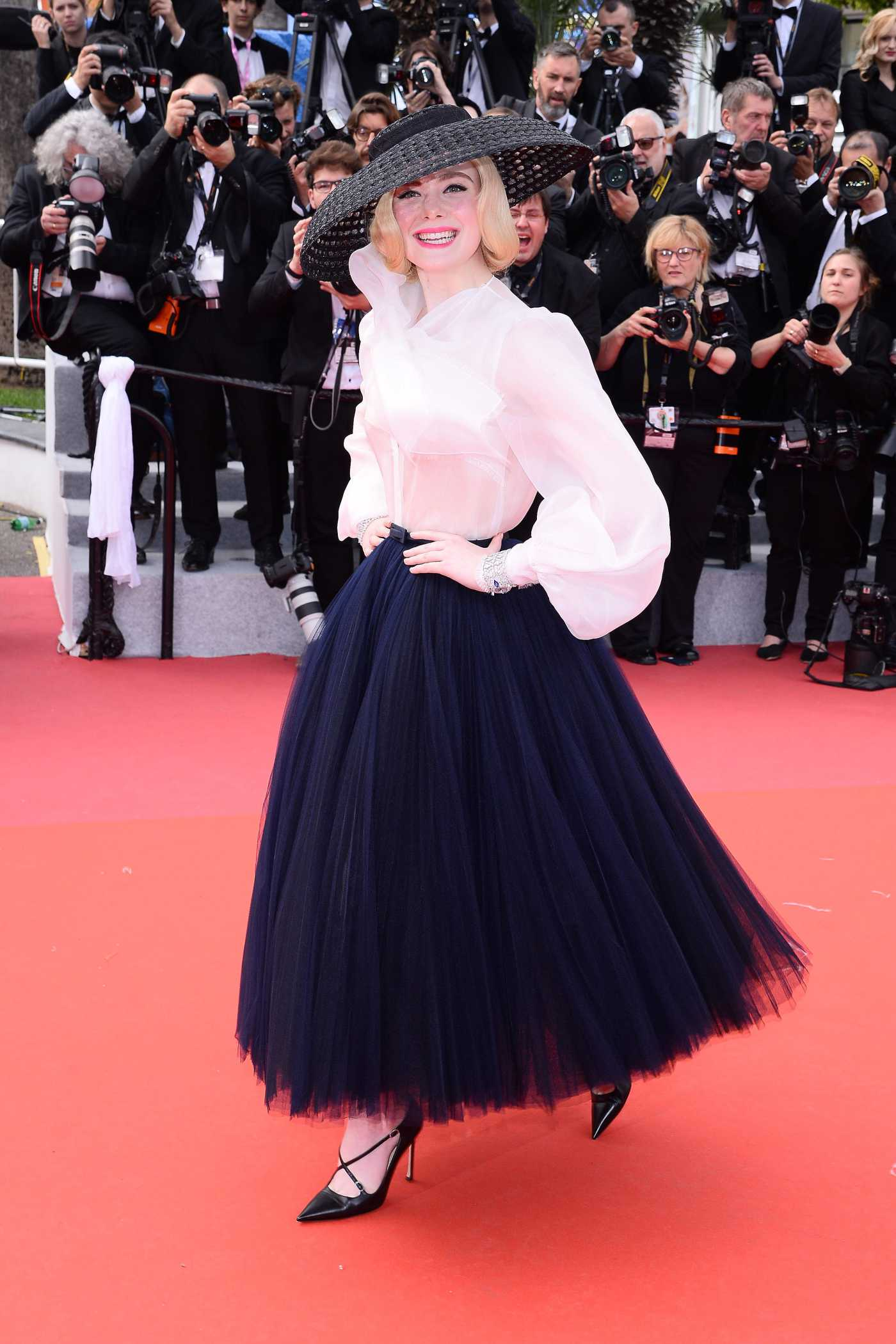Elle Fanning Attends the Once Upon a Time in Hollywood  Screening During the 72nd Annual Cannes Film Festival in Cannes 05/21/2019