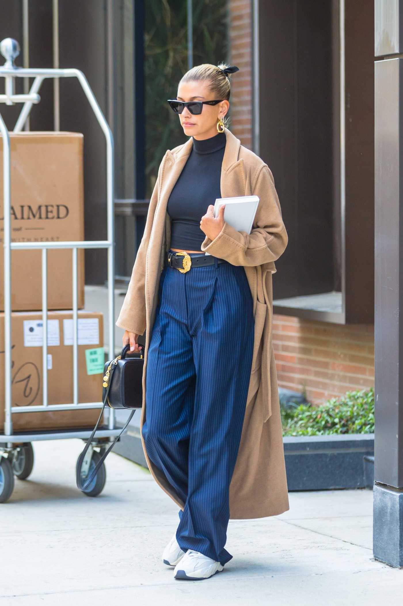 Hailey Baldwin in a Beige Coat Leaves Her Brooklyn Apartment in NYC 05/02/2019
