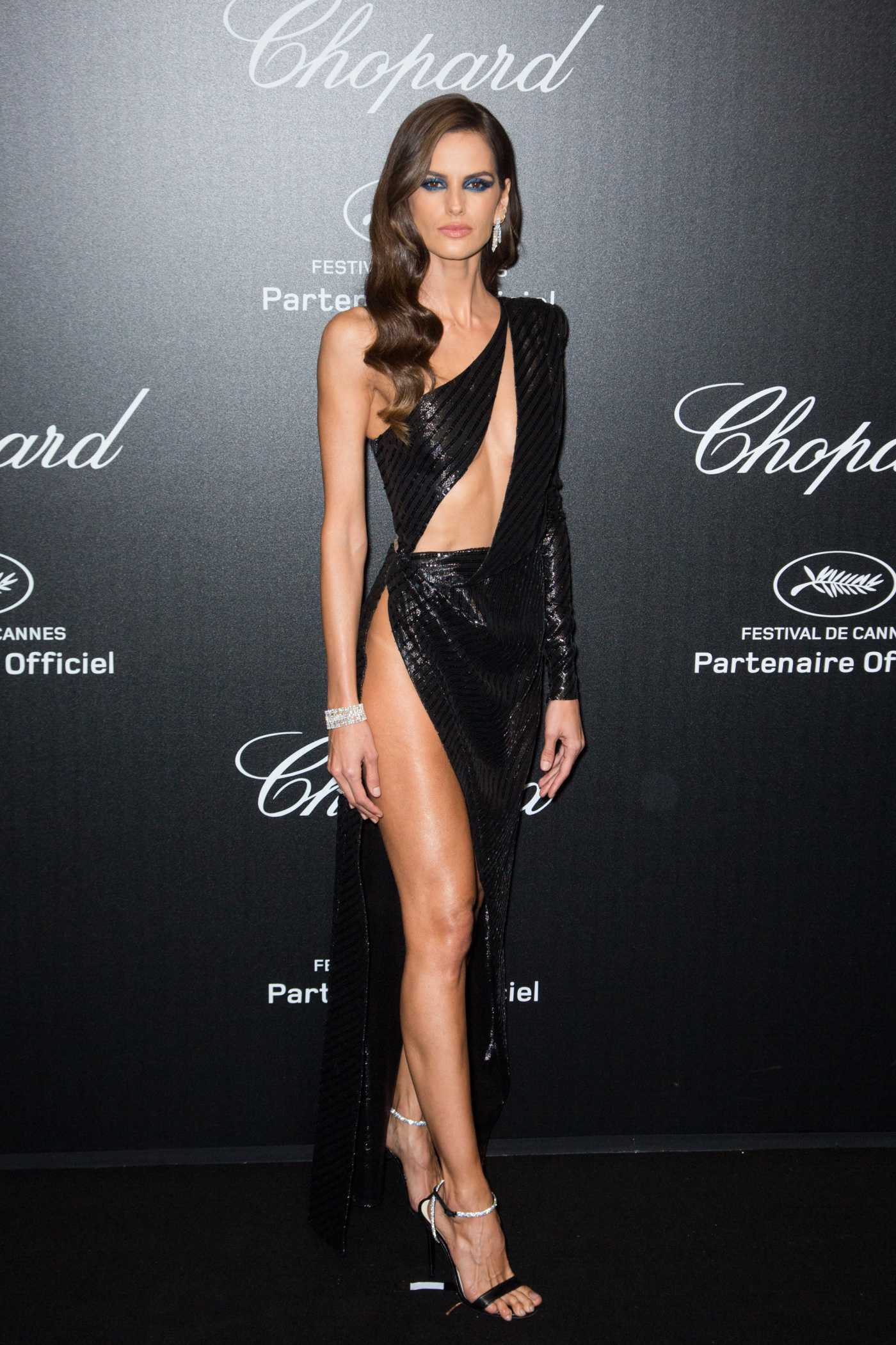 Izabel Goulart Attends Chopard Love Night Photocall During the 72nd Cannes Film Festival in Cannes 05/17/2019