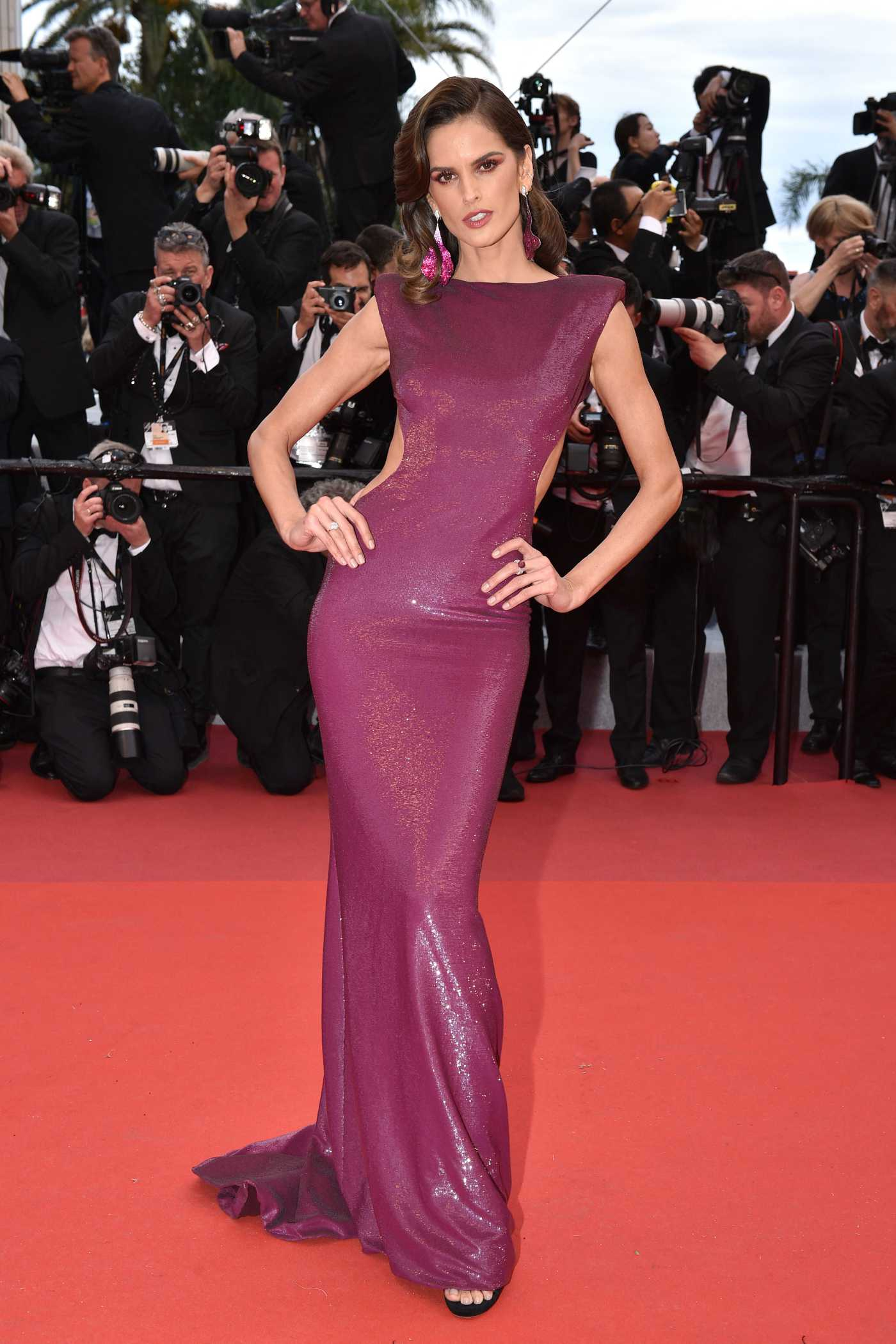 Izabel Goulart Attends The Dead Don't Die Red Carpet During the 72nd Cannes International Film Festival in Cannes 05/14/2019