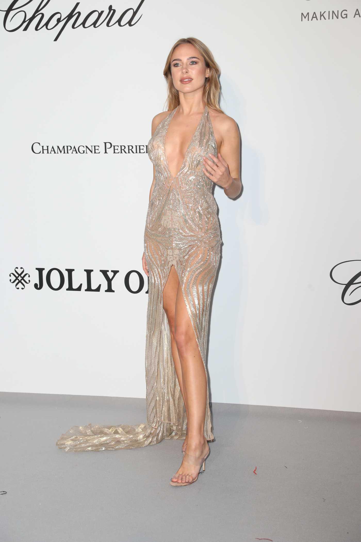 Kimberley Garner Attends 2019 amfAR Cannes Gala at Hotel du Cap-Eden-Roc in Cap d'Antibes 05/23/2019