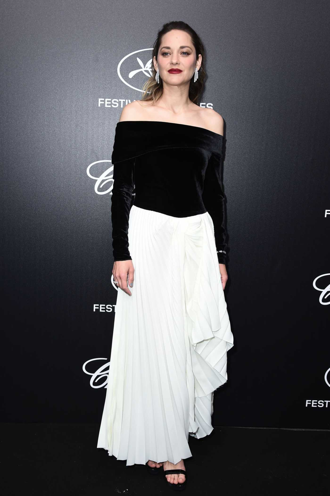 Marion Cotillard Attends the Chopard Trophy Event During the 72nd Annual Cannes Film Festival in Cannes 05/20/2019