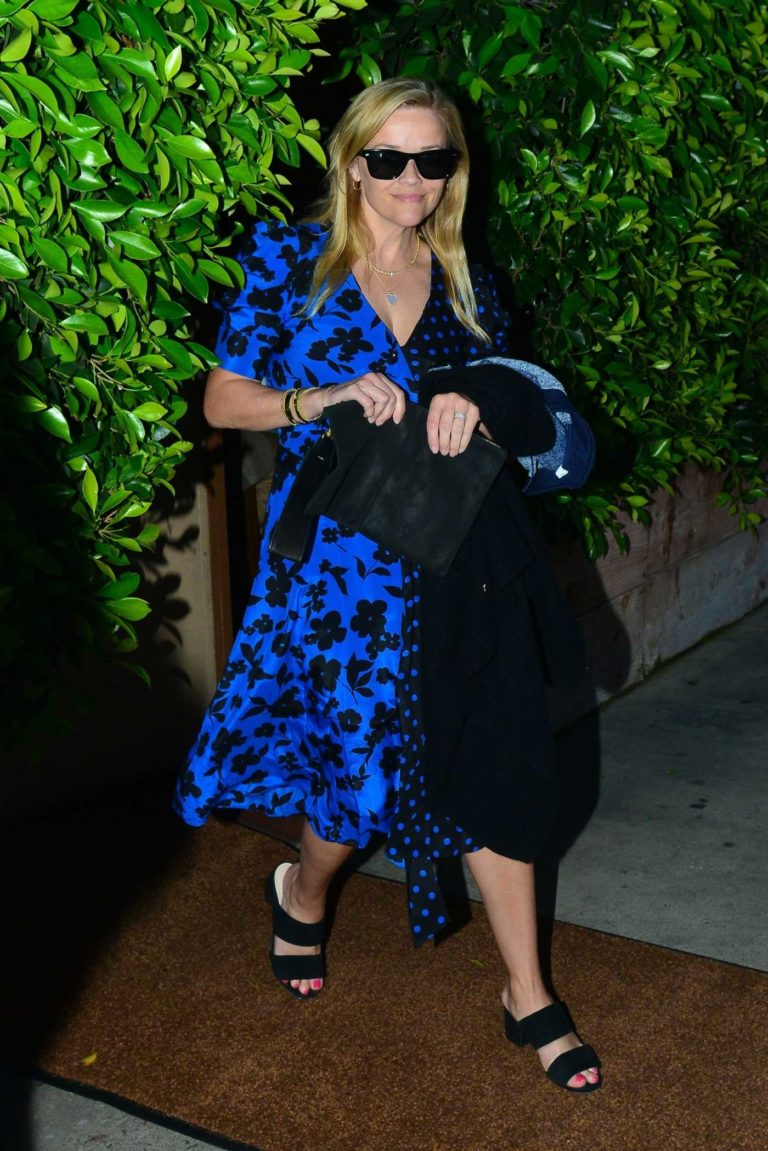 Reese Witherspoon in a Blue Dress