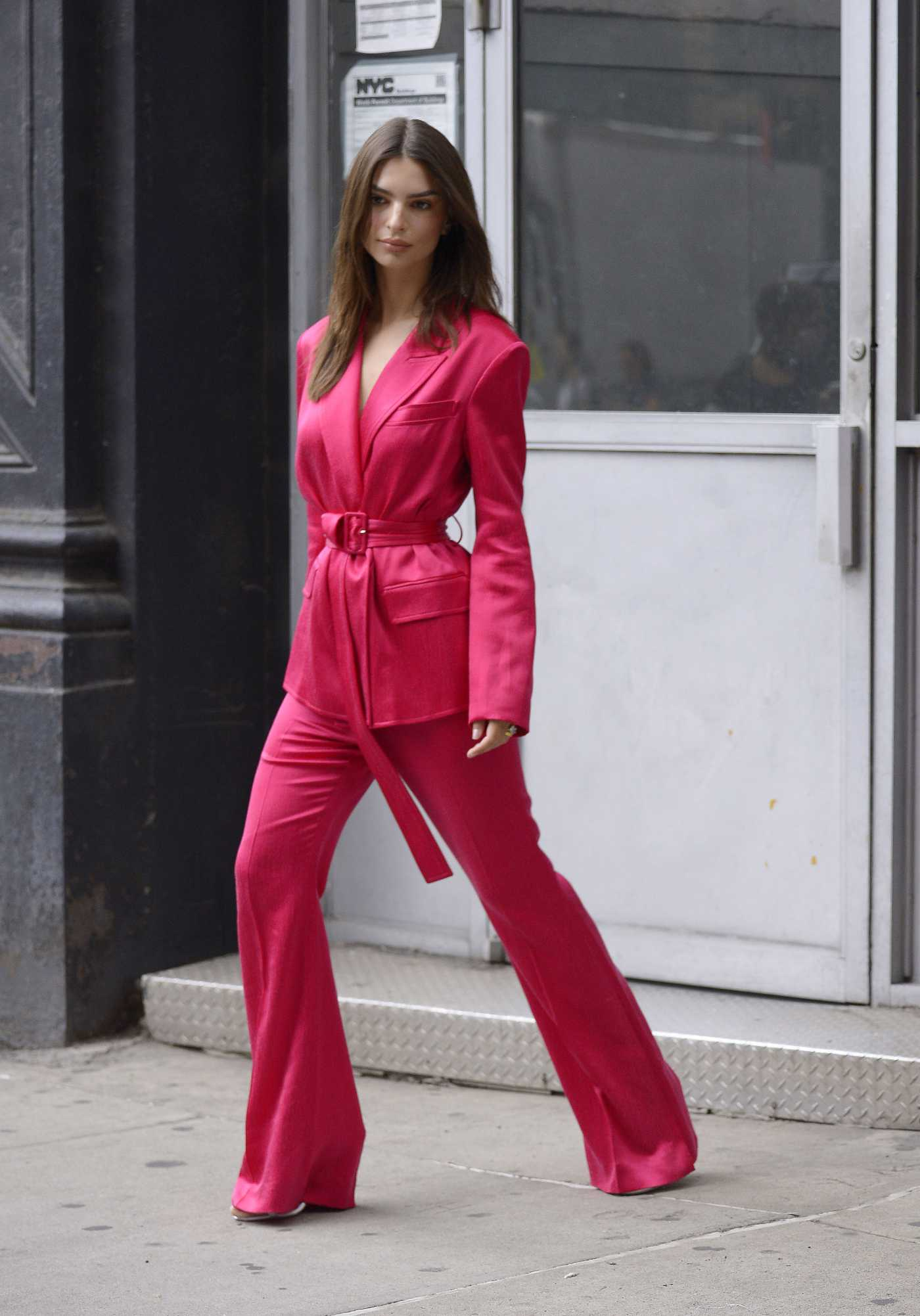 Emily Ratajkowski in a Pink Suit Was Seen Out in NYC 06/17/2019