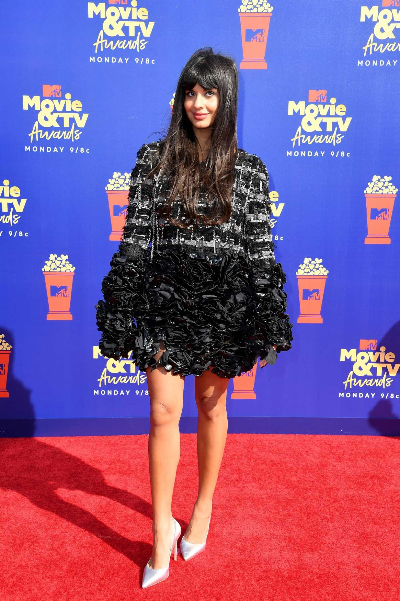 Jameela Jamil Attends 2019 MTV Movie and TV Awards at Barker Hangar in Santa Monica 06/15/2019