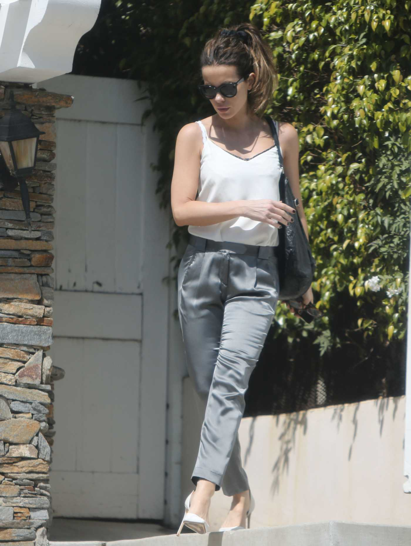 Kate Beckinsale in a White Top Was Seen Out in Los Angeles 06/28/2019