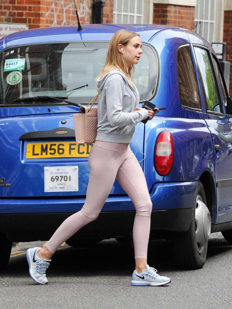 Kimberley Garner in a Pink Leggings