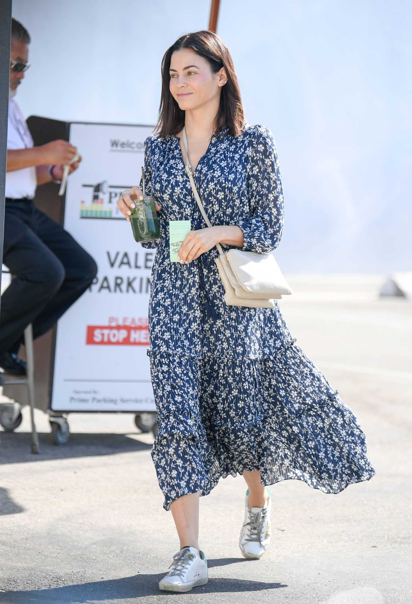 Jenna Dewan in a Gray Floral Dress Was Seen Out in Los Angeles 07/29/2019