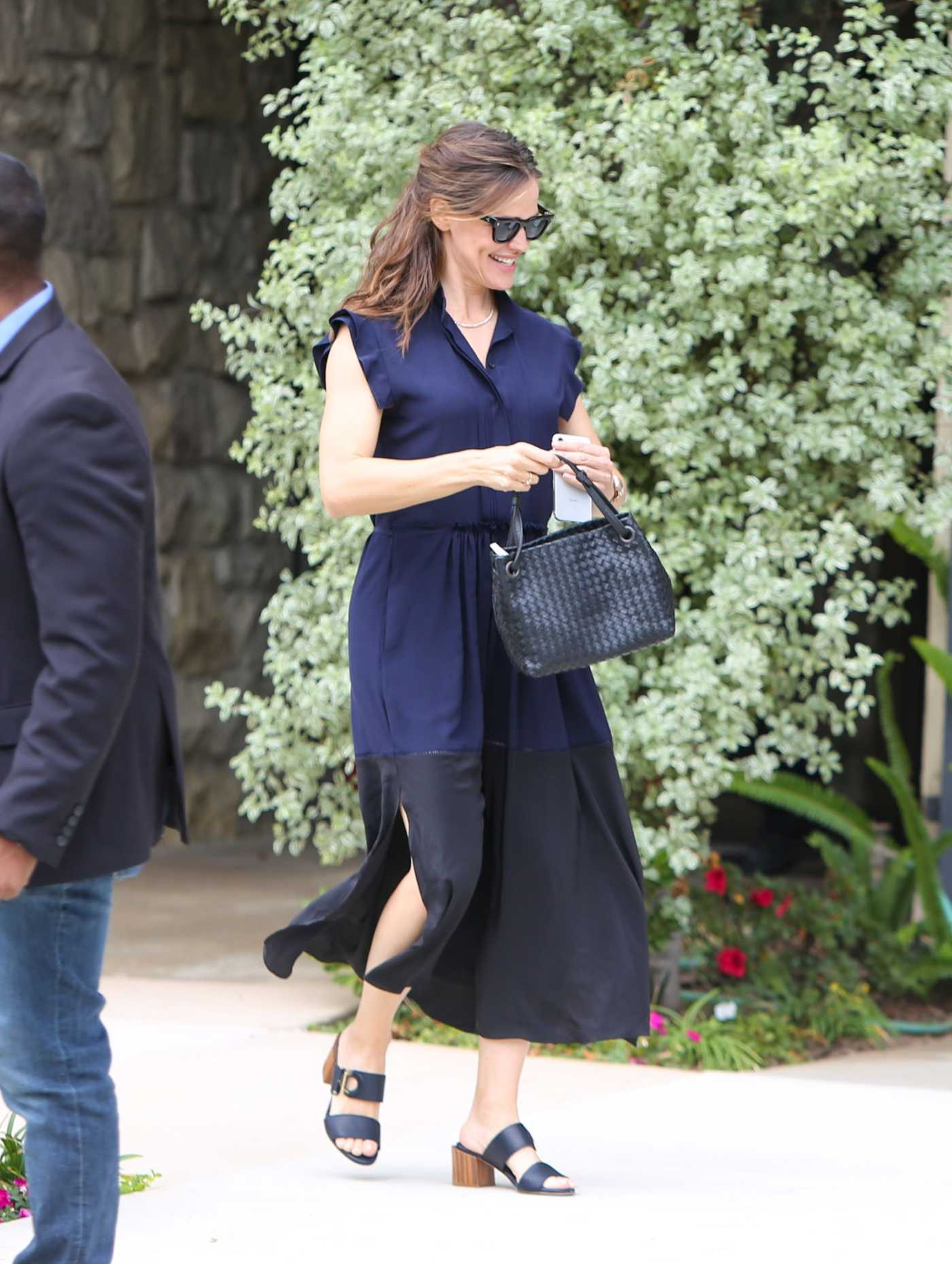 Jennifer Garner in a Blue Dress Was Seen Out in Los Angeles 07/21/2019