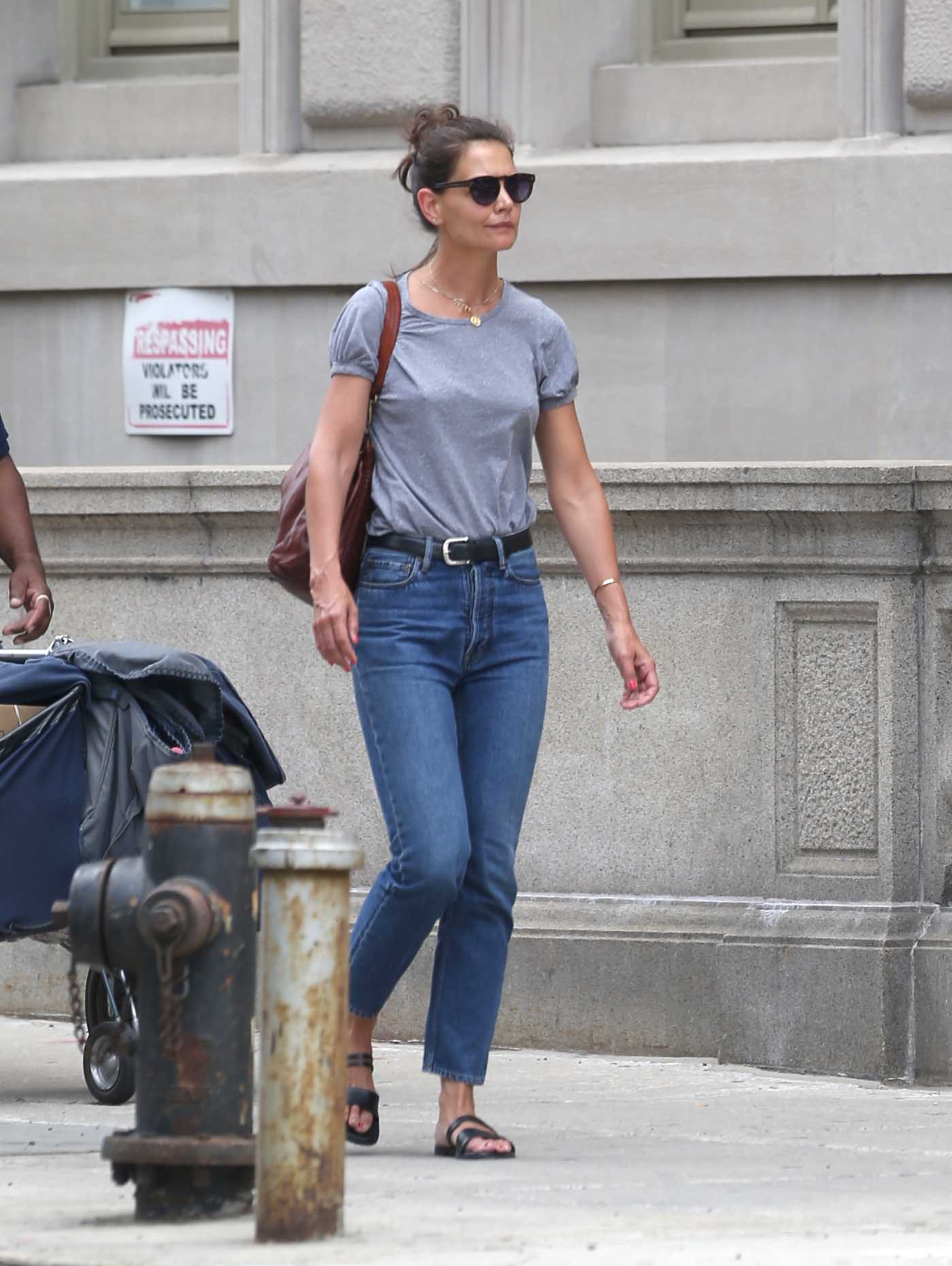 Katie Holmes in a Gray Tee Was Seen Out in New York 07/17/2019