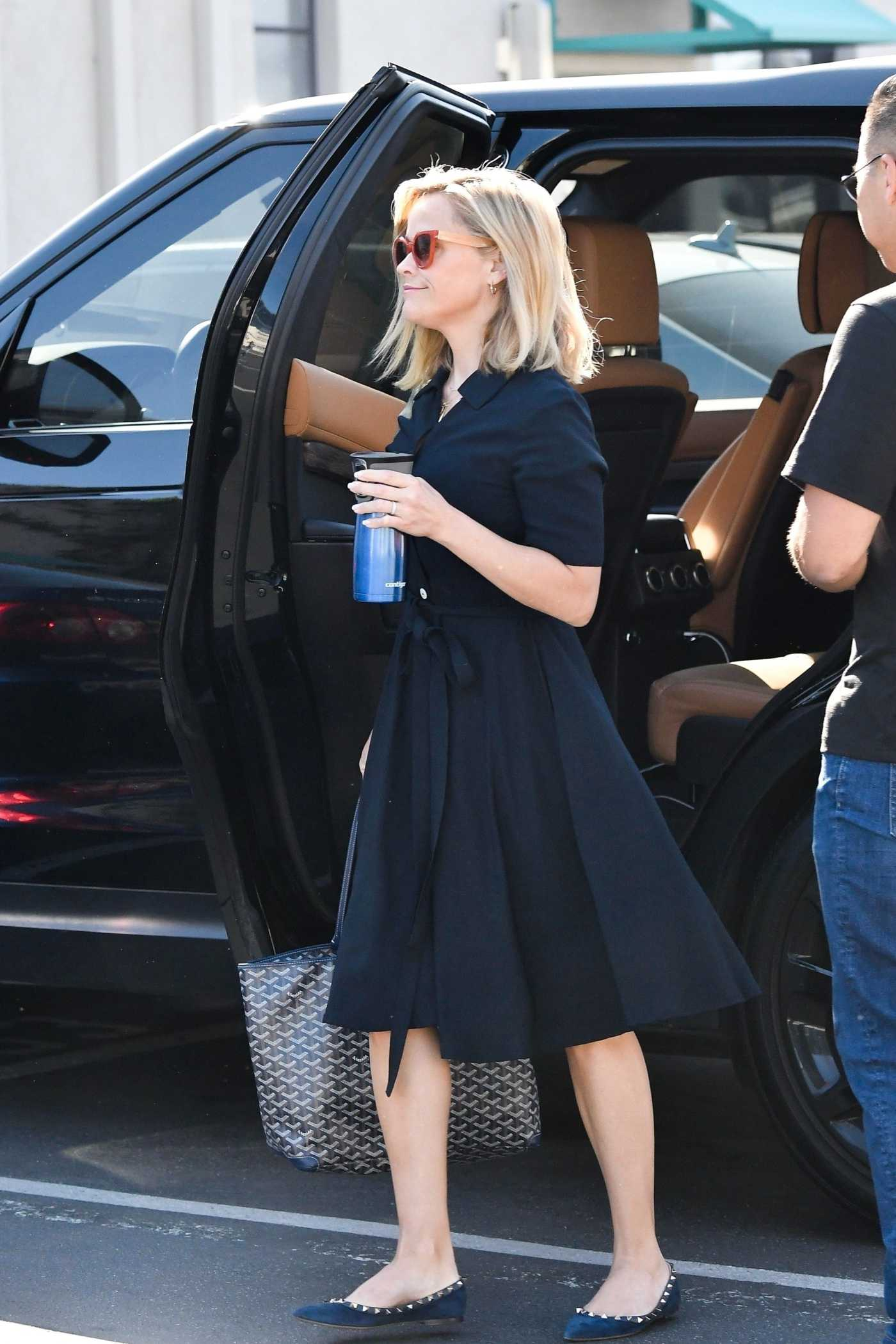Reese Witherspoon in a Blue Dress Was Seen Out in Los Angeles 07/28/2019